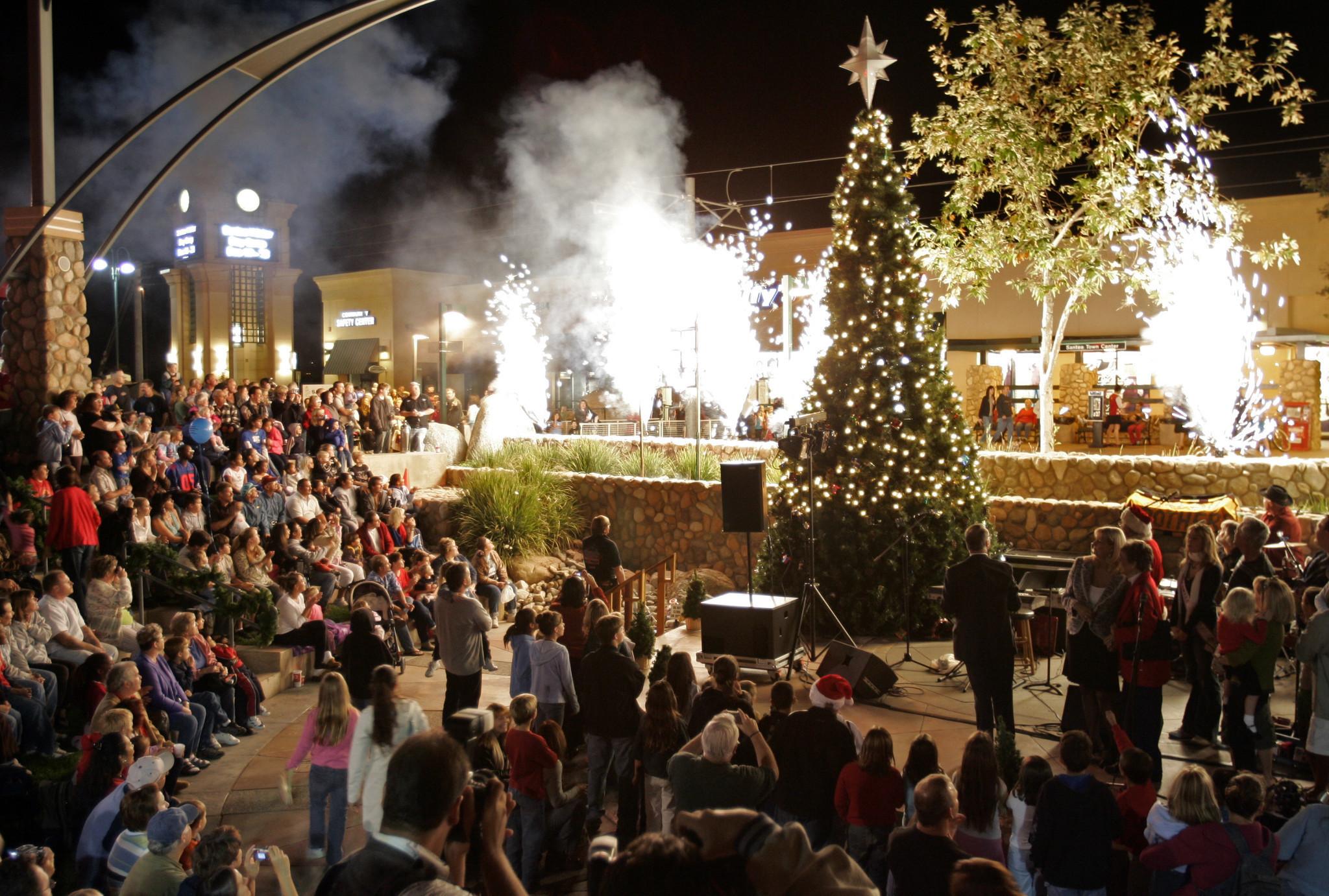 San Diego Christmas Tree Lighting 2020 Union Square Christmas Tree Lighting 2020 San Diego   Kbkzmr