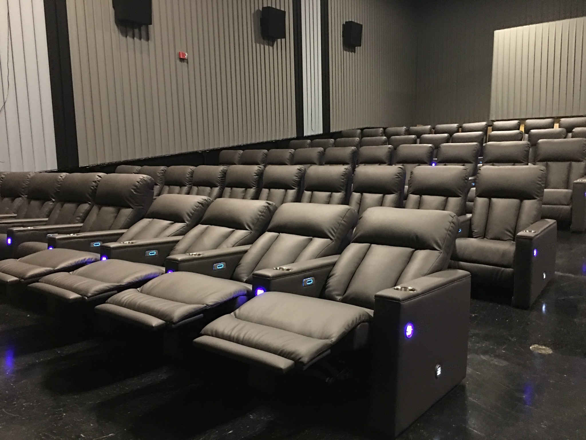 New Power Reclining Seats At Eastpoint Movie Theater Take