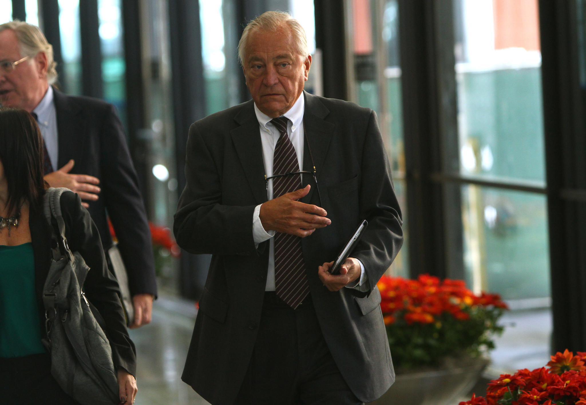 Ex Ald Ed Vrdolyak Indicted On Tax Charge In Tobacco