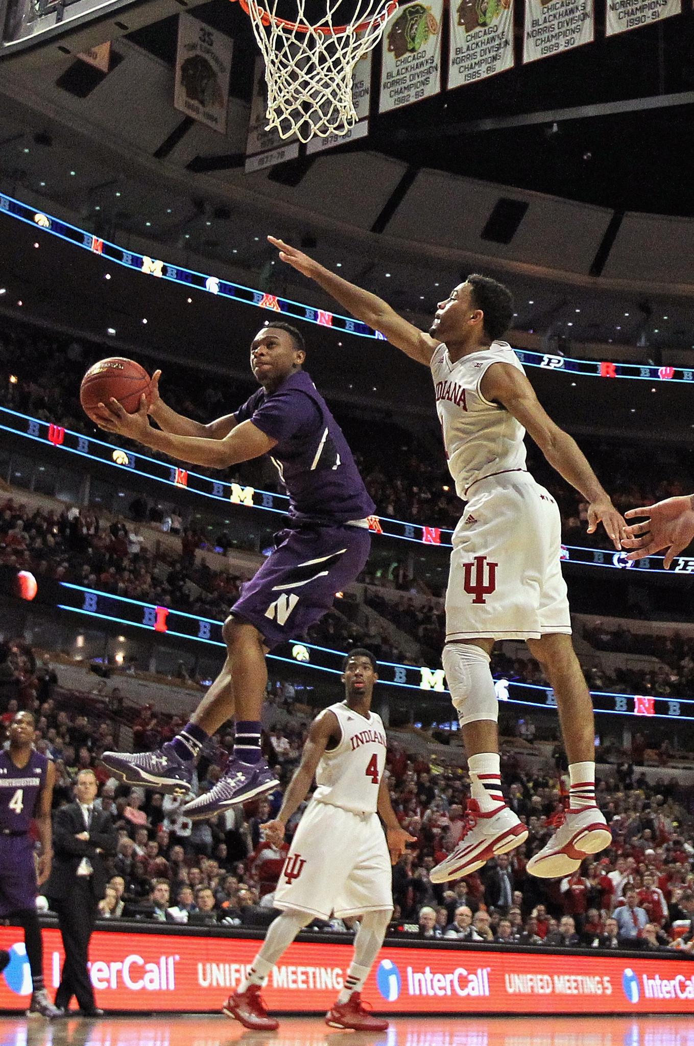 ee3eca17c86 Guard Johnnie Vassar sues NCAA