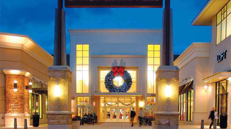 How to Attract Holiday Shoppers with Nostalgia and Exquisite Experiences