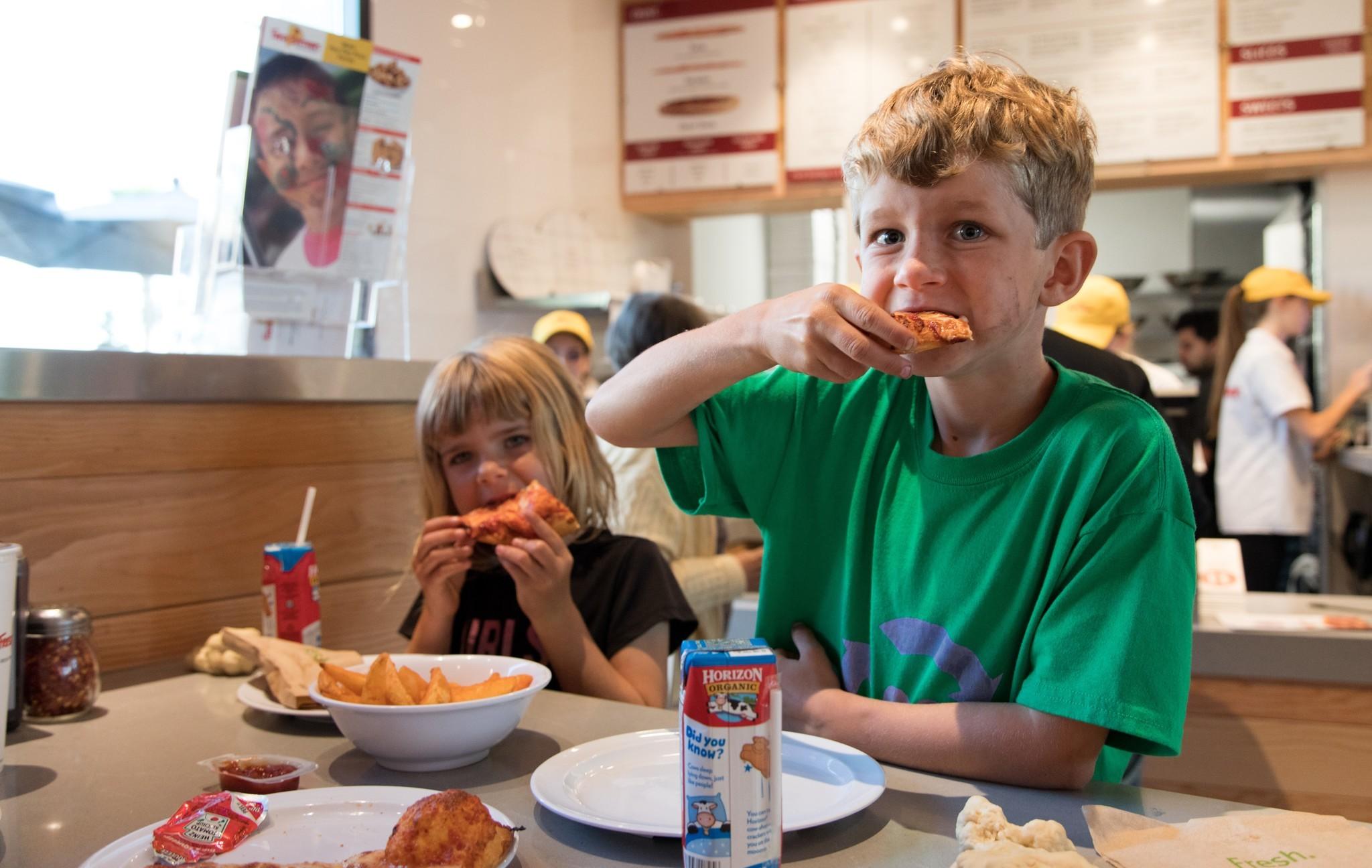 Grubbin' pizza for a good cause!