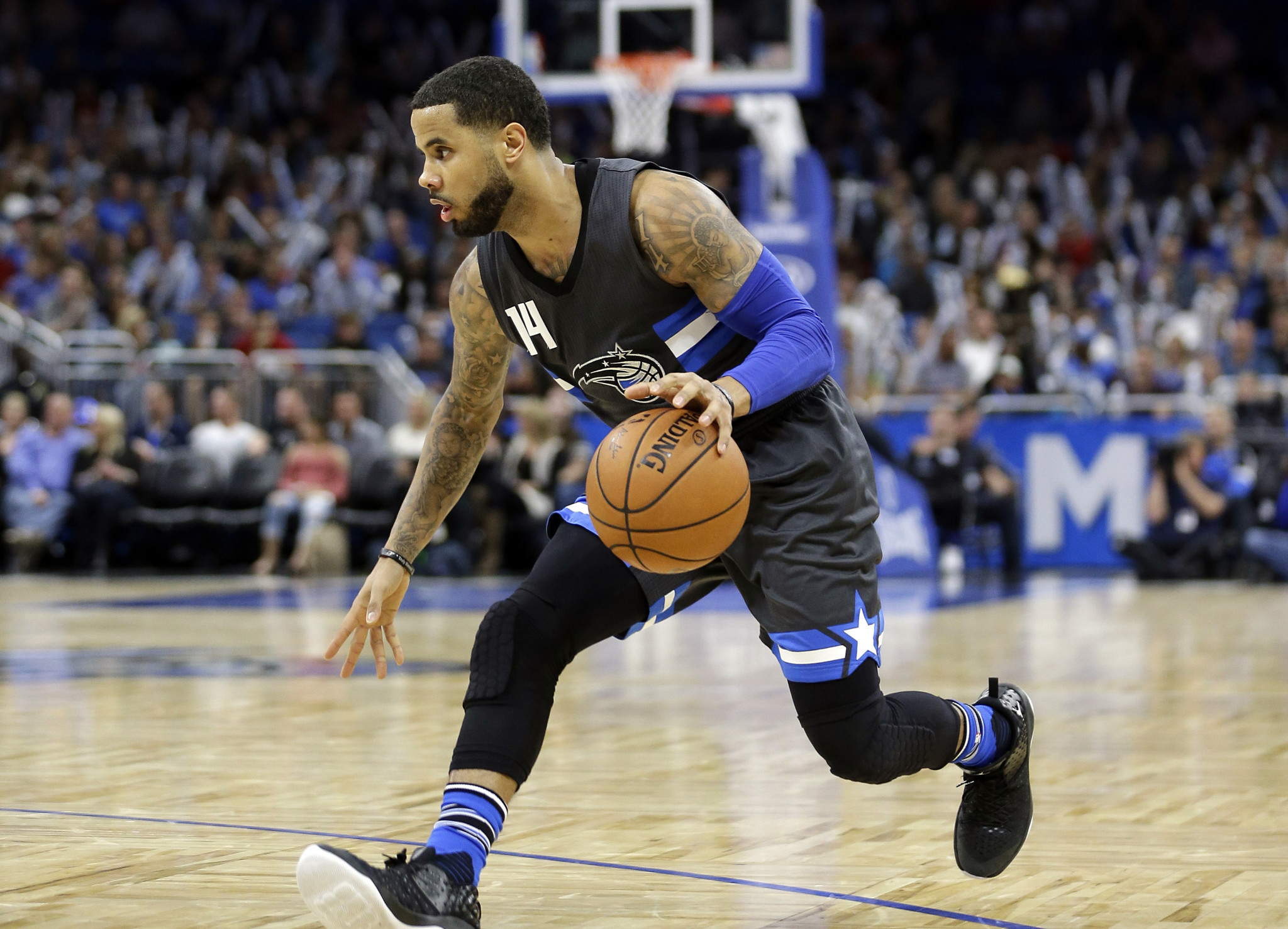 e94077ed5ed D.J. Augustin leads Magic to 95-87 win over Mavericks - Orlando Sentinel