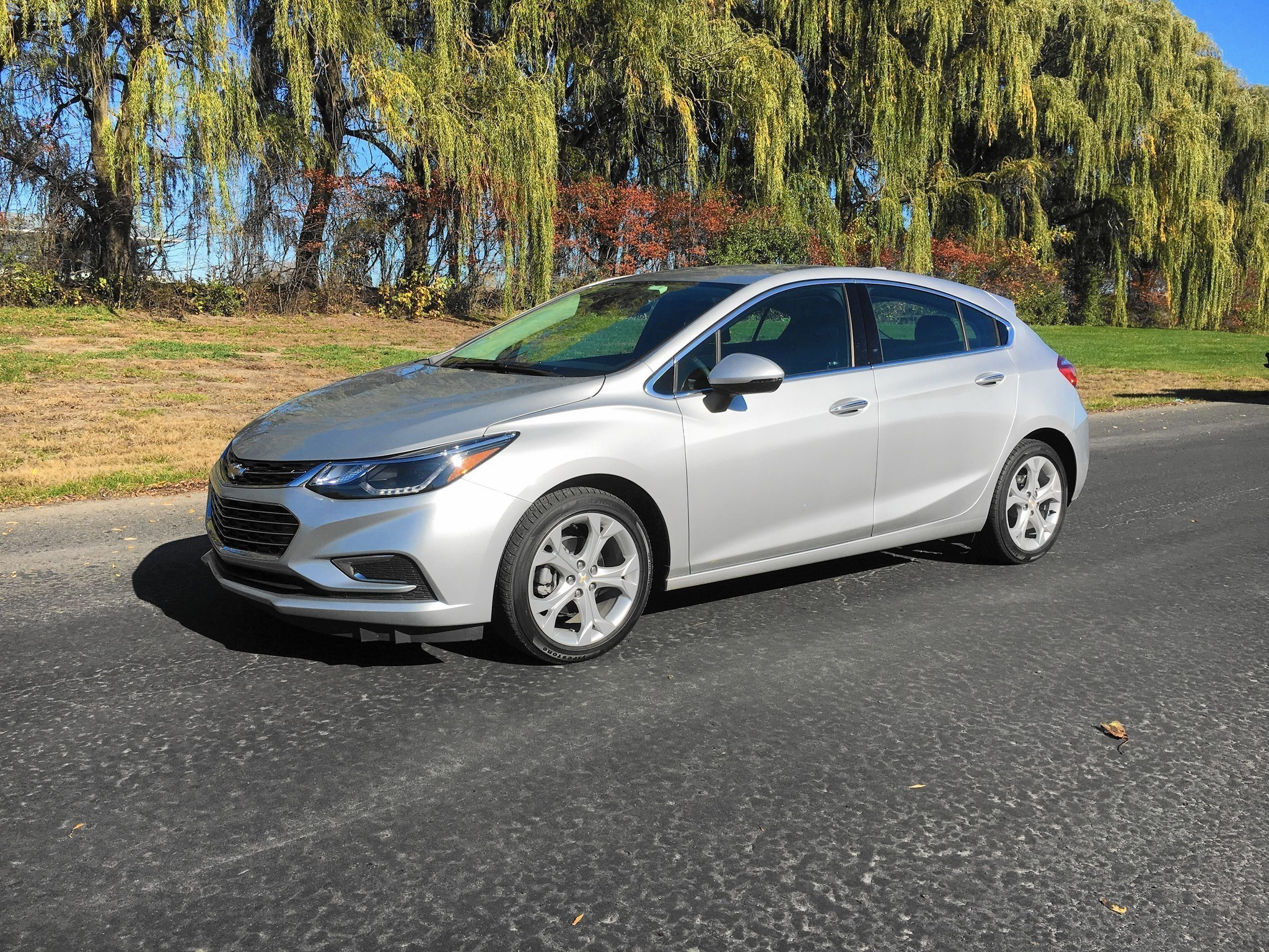 2017 Chevrolet Cruze Hatch Opens Up Alternatives To Compacts And Crossovers