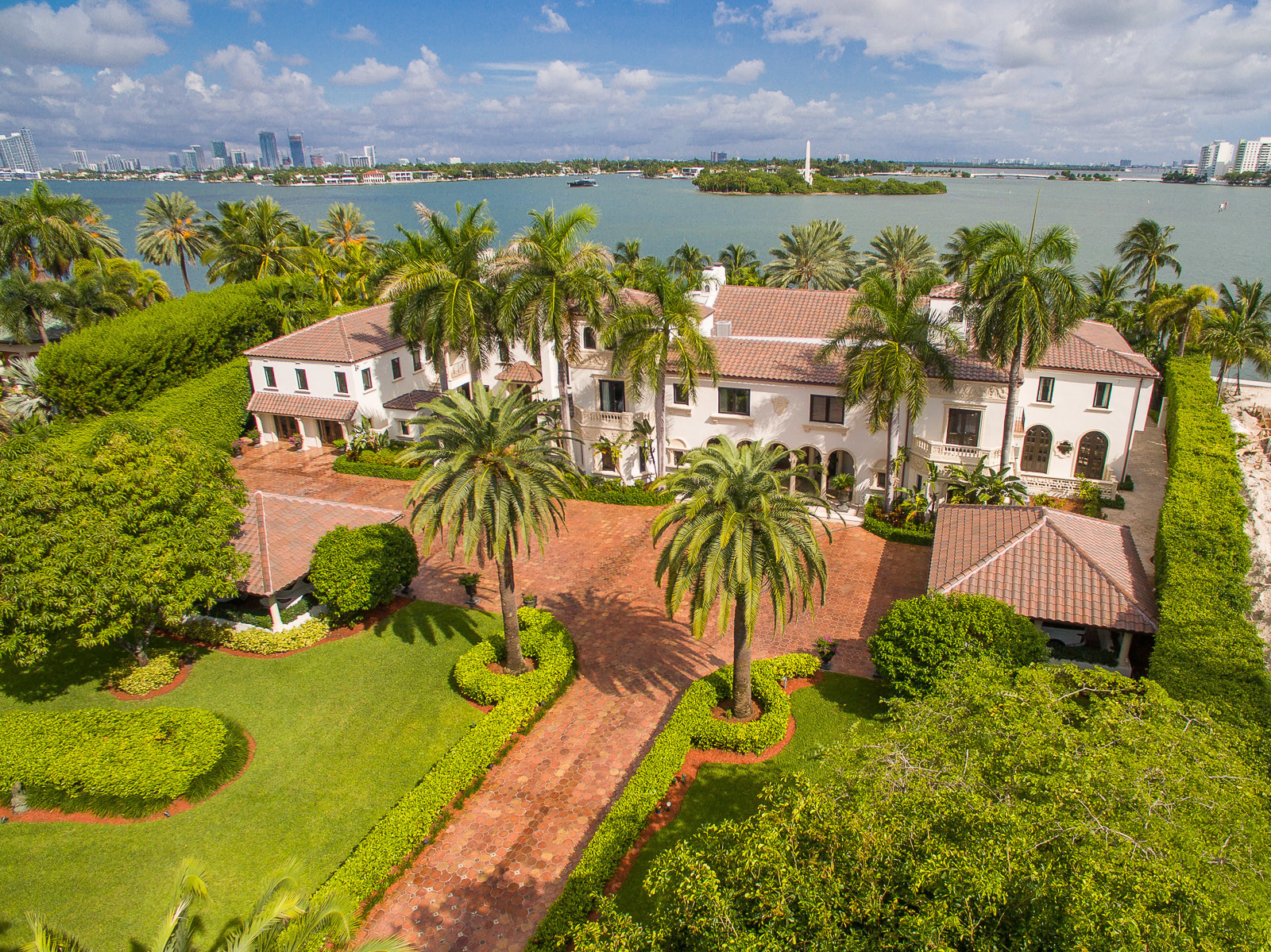 Star Island Estate Has 40 Rooms And A 65 Million Price