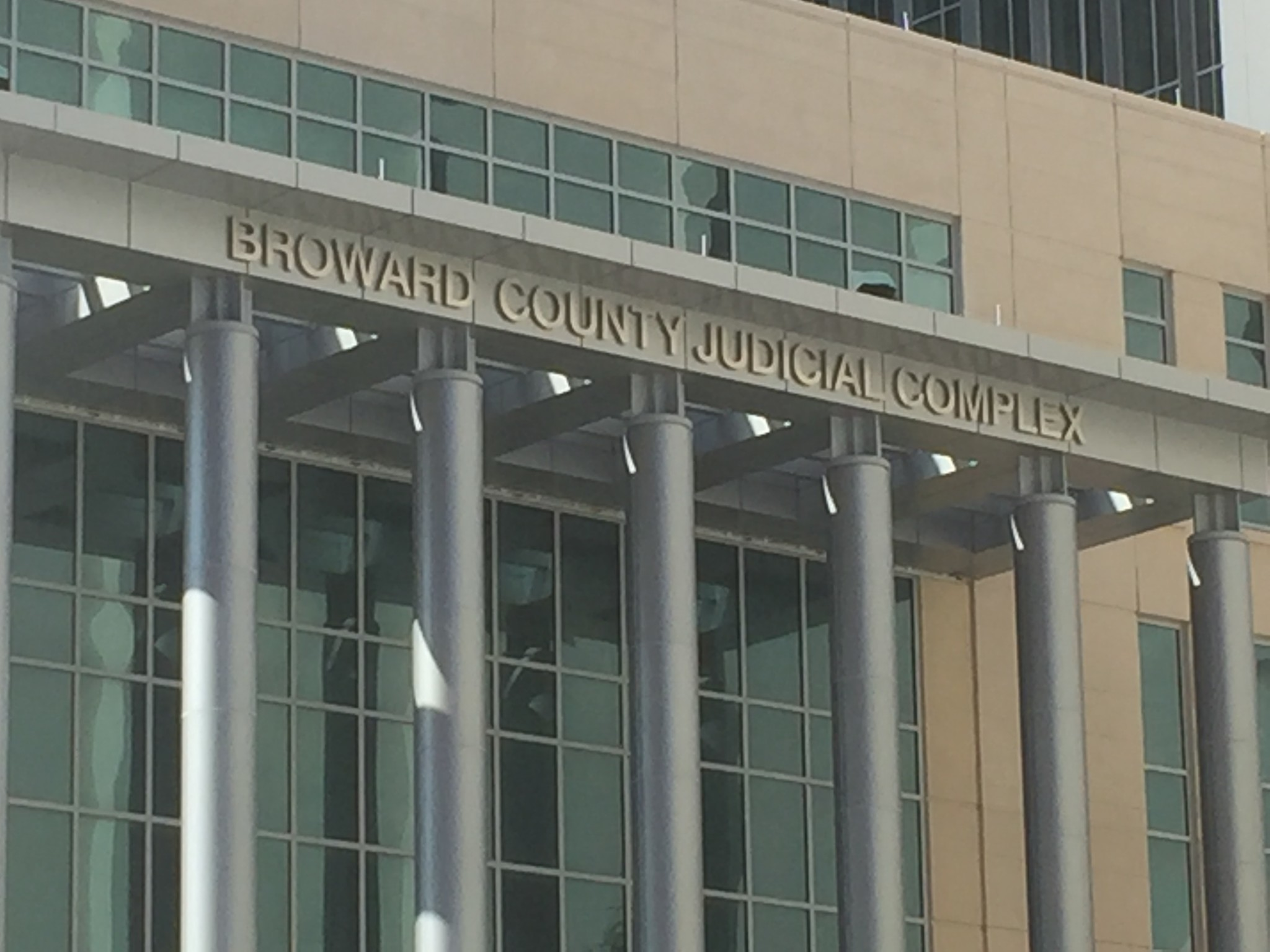 For Employees, Broward's $200M Courthouse Can't Open ... |Broward Courthouse