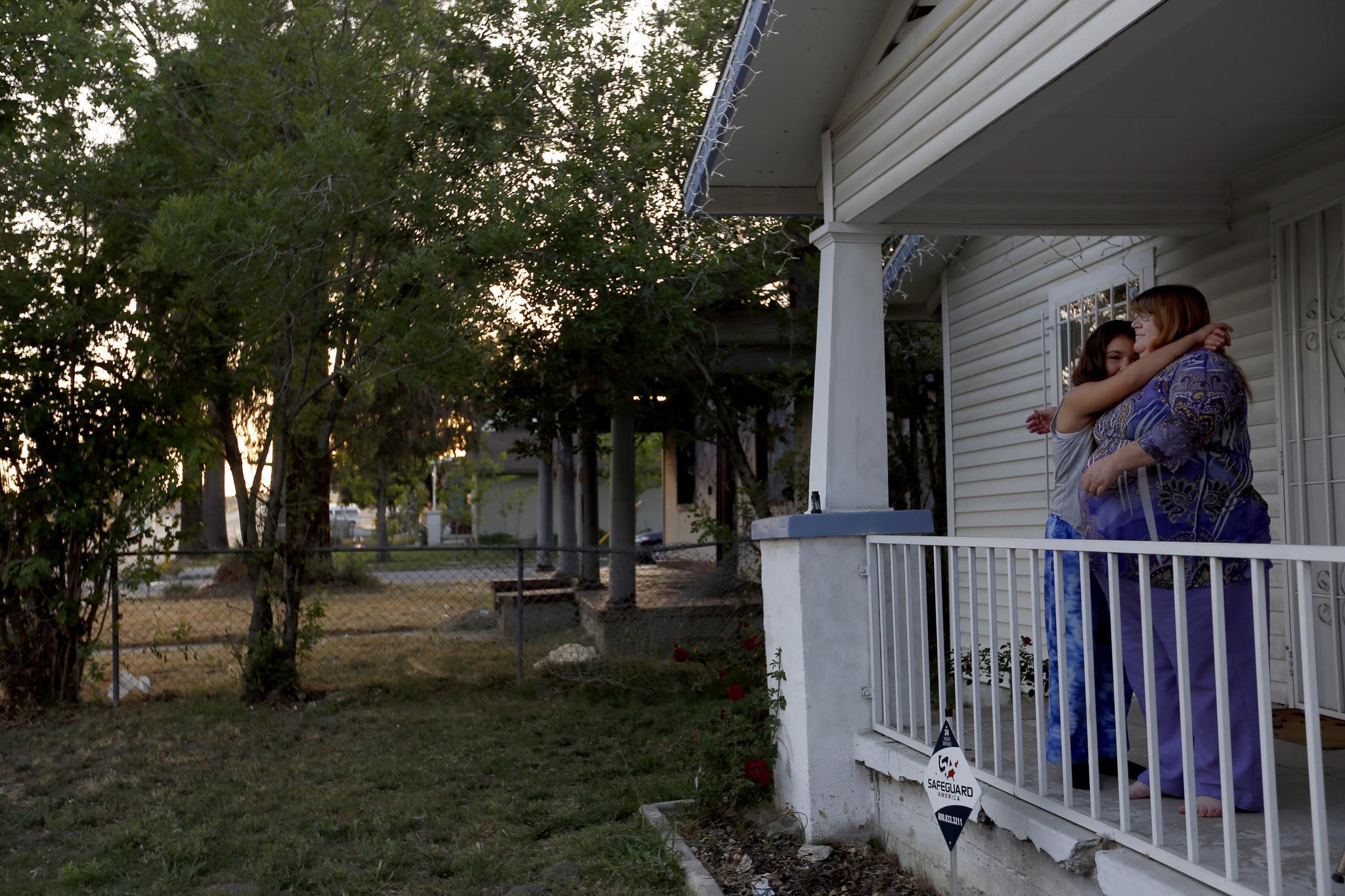 a76e7707031 Sadness and signs of hope in San Bernardino (4.33 22)