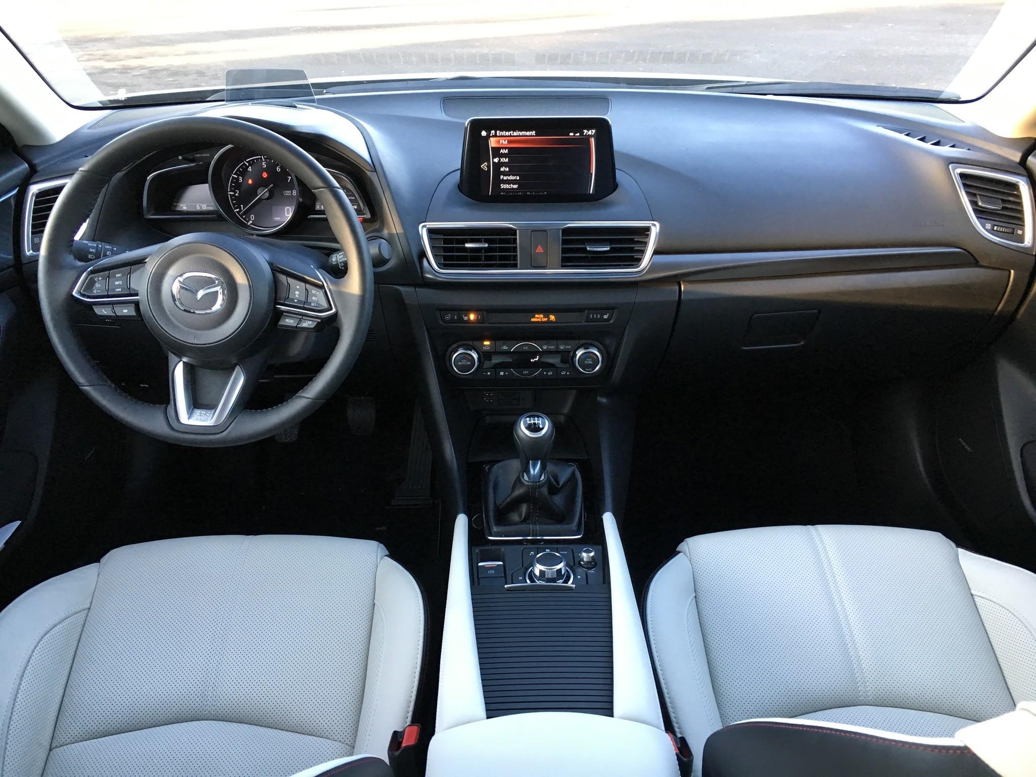 I Touring Mazda