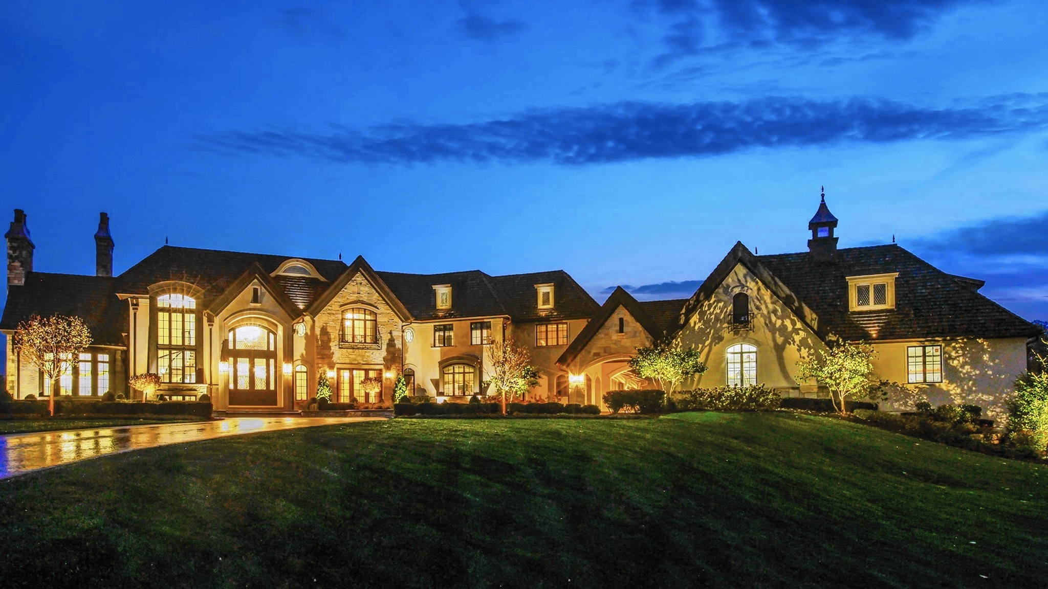 Newly Relisted Mansion Is Naperville S Highest Priced