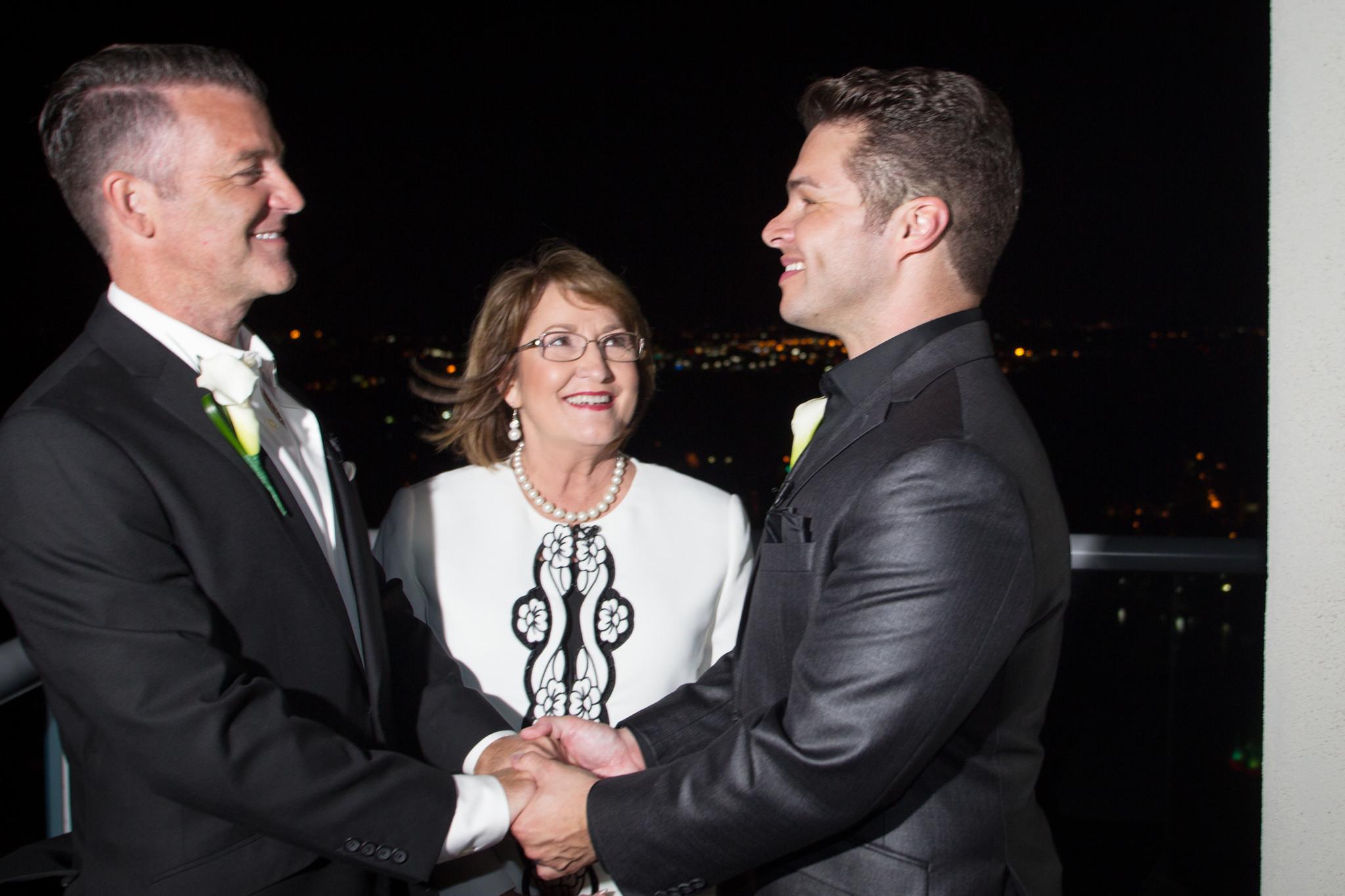 WFTV anchor Jorge Estevez weds - Orlando Sentinel