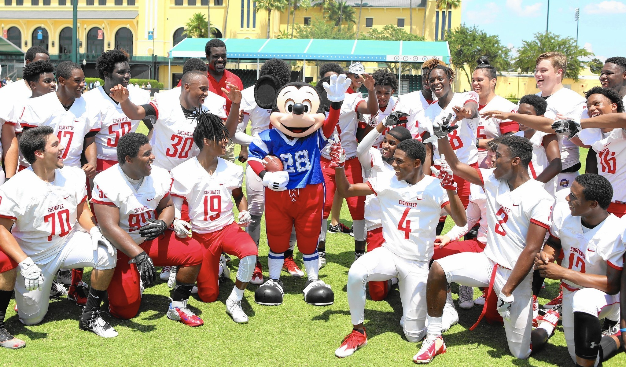 af12b3c8c NFL Pro Bowl in Orlando will include dodgeball for all-star players -  Orlando Sentinel