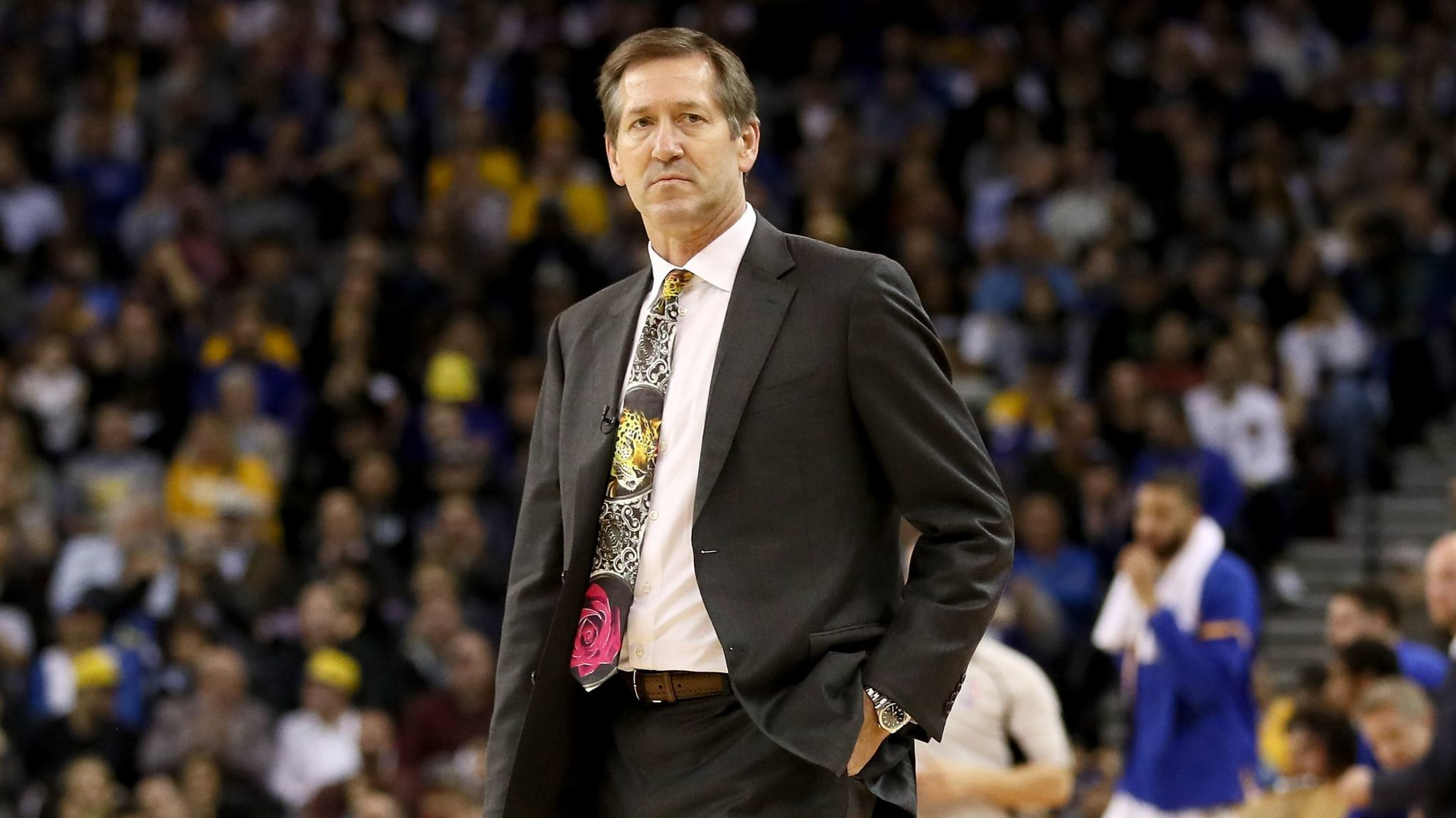 Knicks Coach Jeff Hornacek wears a tie honoring Craig Sager on Thursday night.