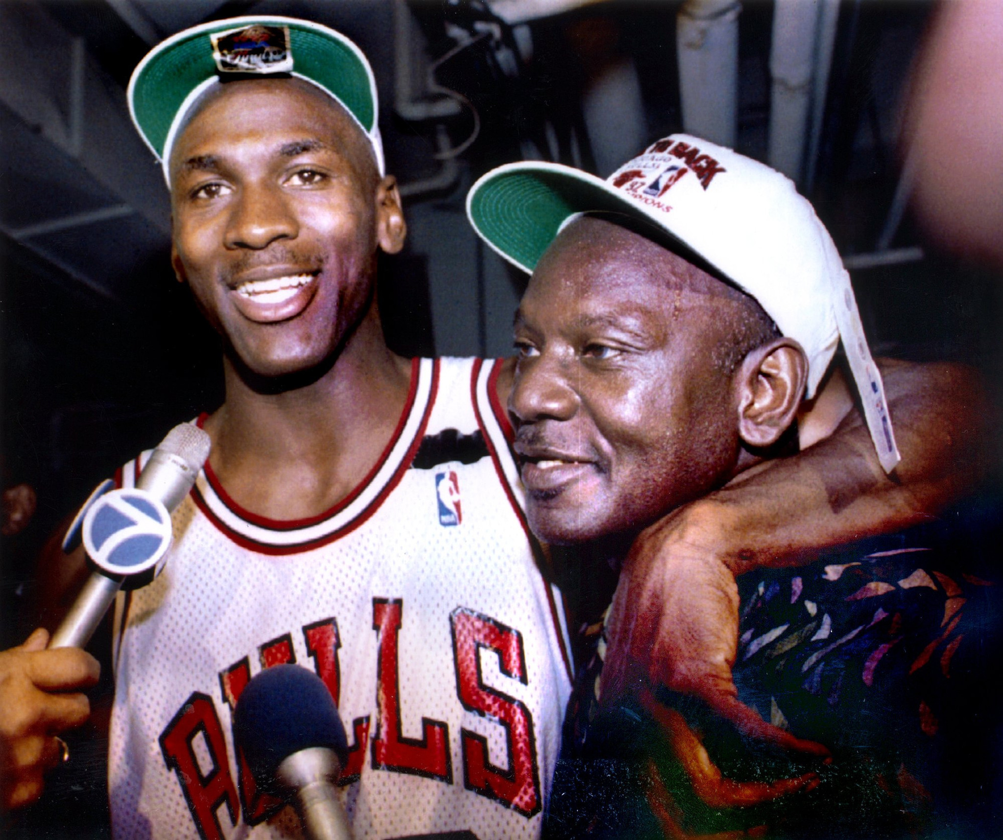 Man in jail for killing Michael Jordan s dad makes misconduct claim -  Chicago Tribune 00dc79e0d