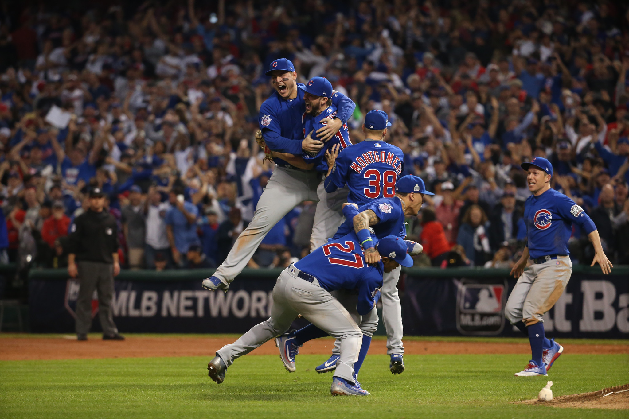 eafe4fa25fa Cubs win World Series Game 7