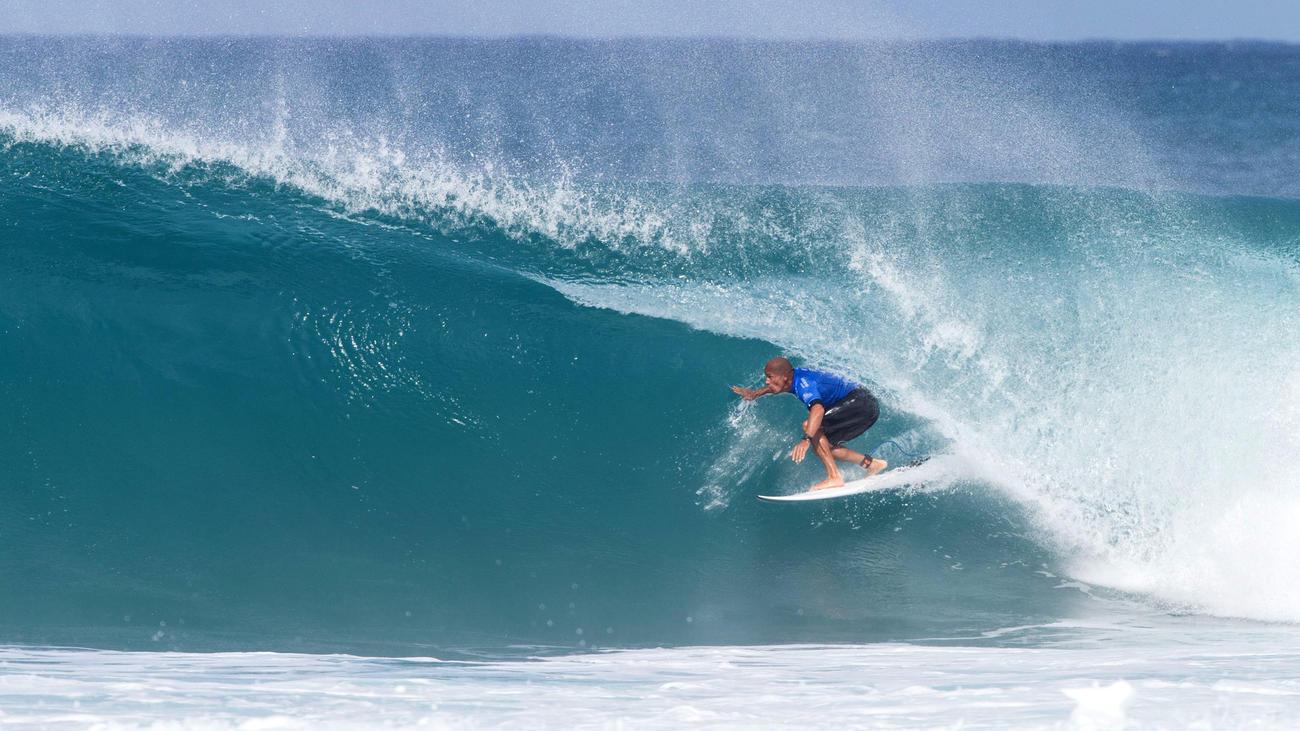 b4afb38462 Tahitian surfer Michael Bourez defeated Kanoa Igarashi of Huntington Beach  in the final.