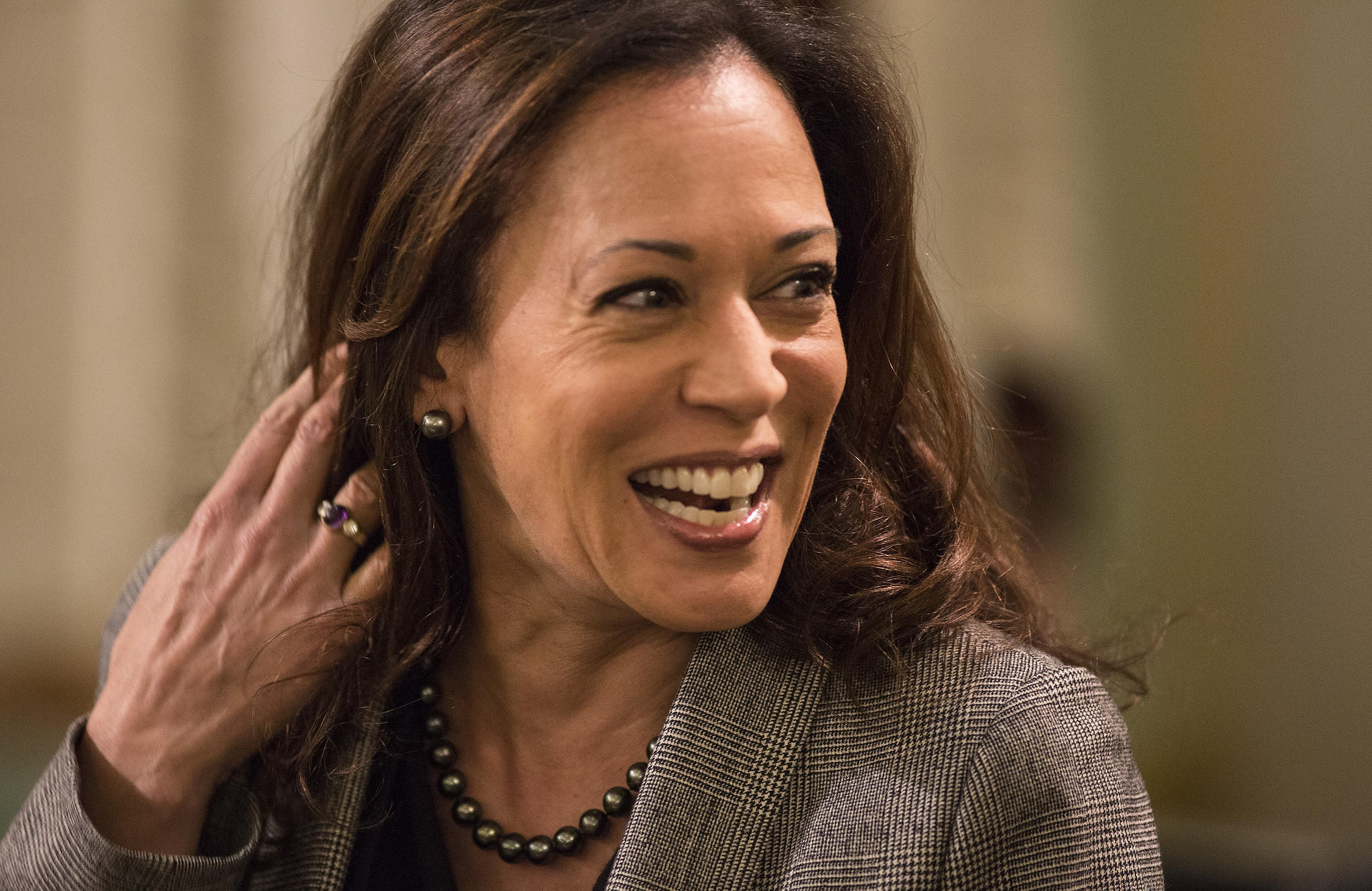 2017 Color Of The Year 2016 Year In Review Kamala Harris Becomes The First
