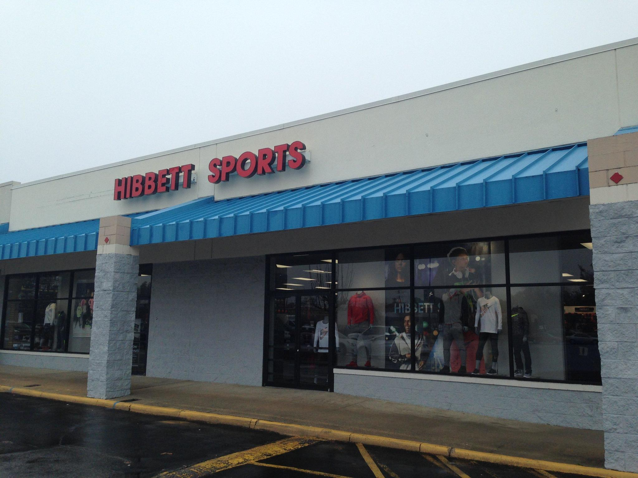 4d56fb3971af8 New sporting goods store opens in Gloucester - Daily Press