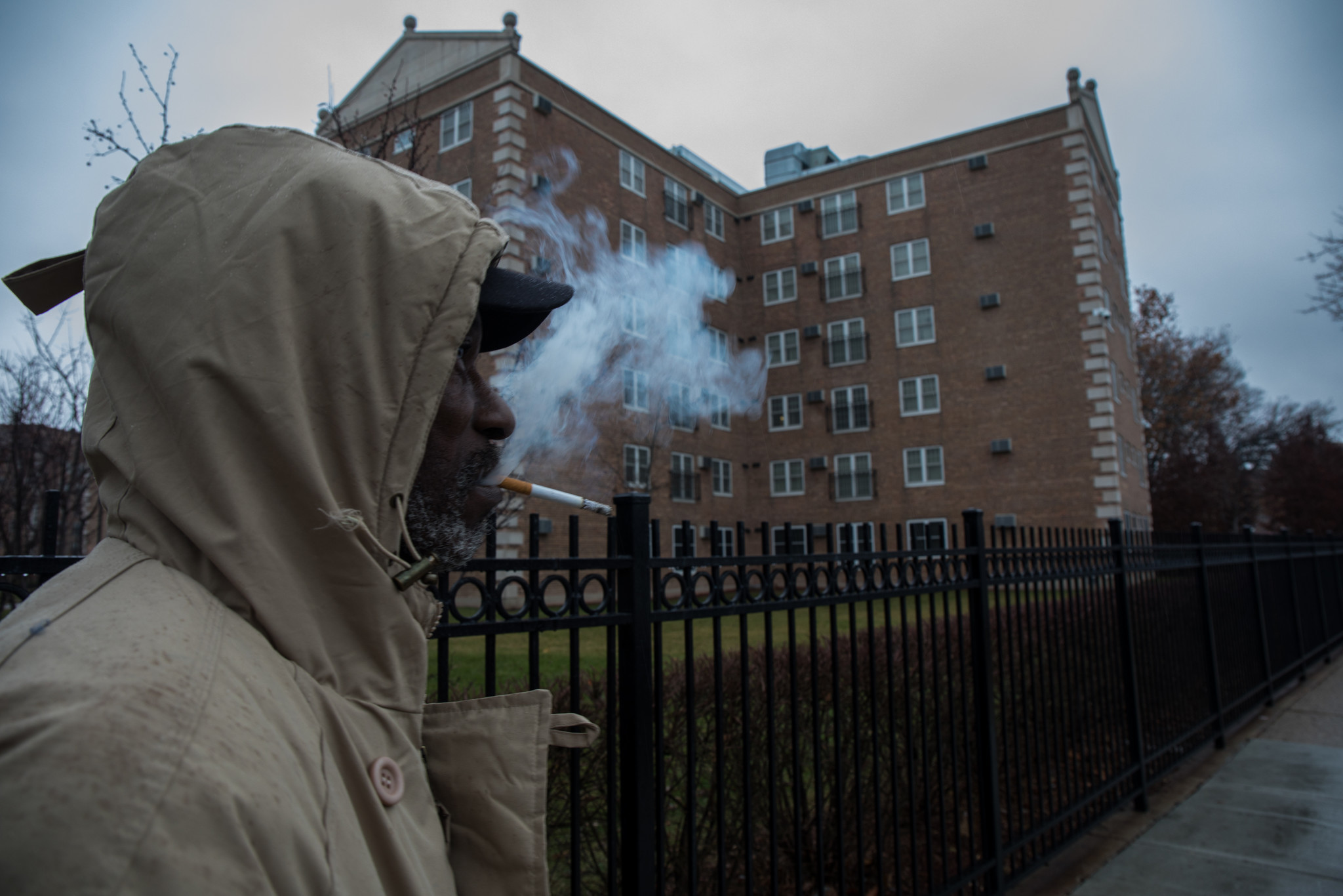 Chicago Public Housing Agencies To Implement Federal Smoking Ban Tribune