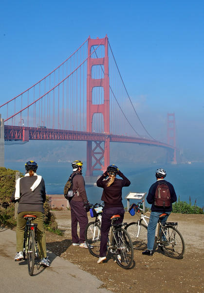 It S Pretty Simple To Rent A Bike Cross The Golden Gate