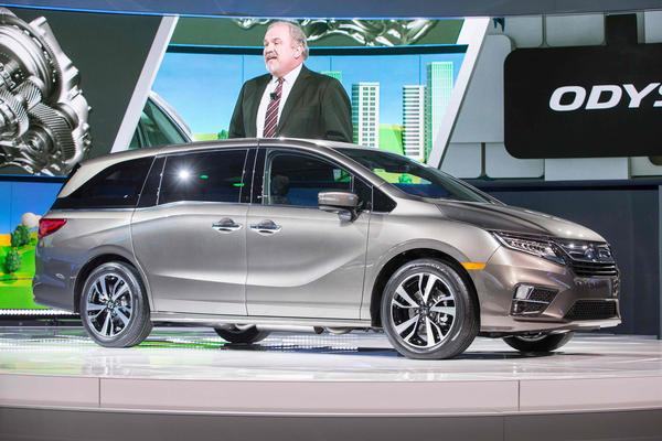 Honda launches 2018 Odyssey minivan with new seats ...