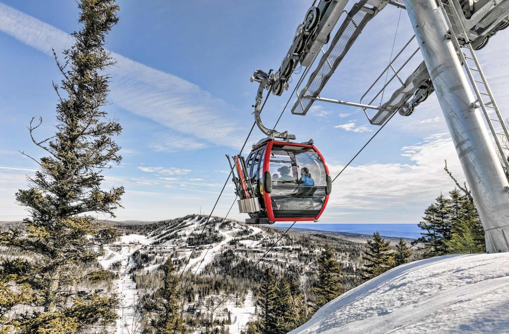 skiing lutsen, the midwest answer to aspen - chicago tribune