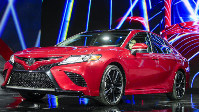 2018 Toyota Camry Gallery