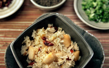 Spicy rice with scallops