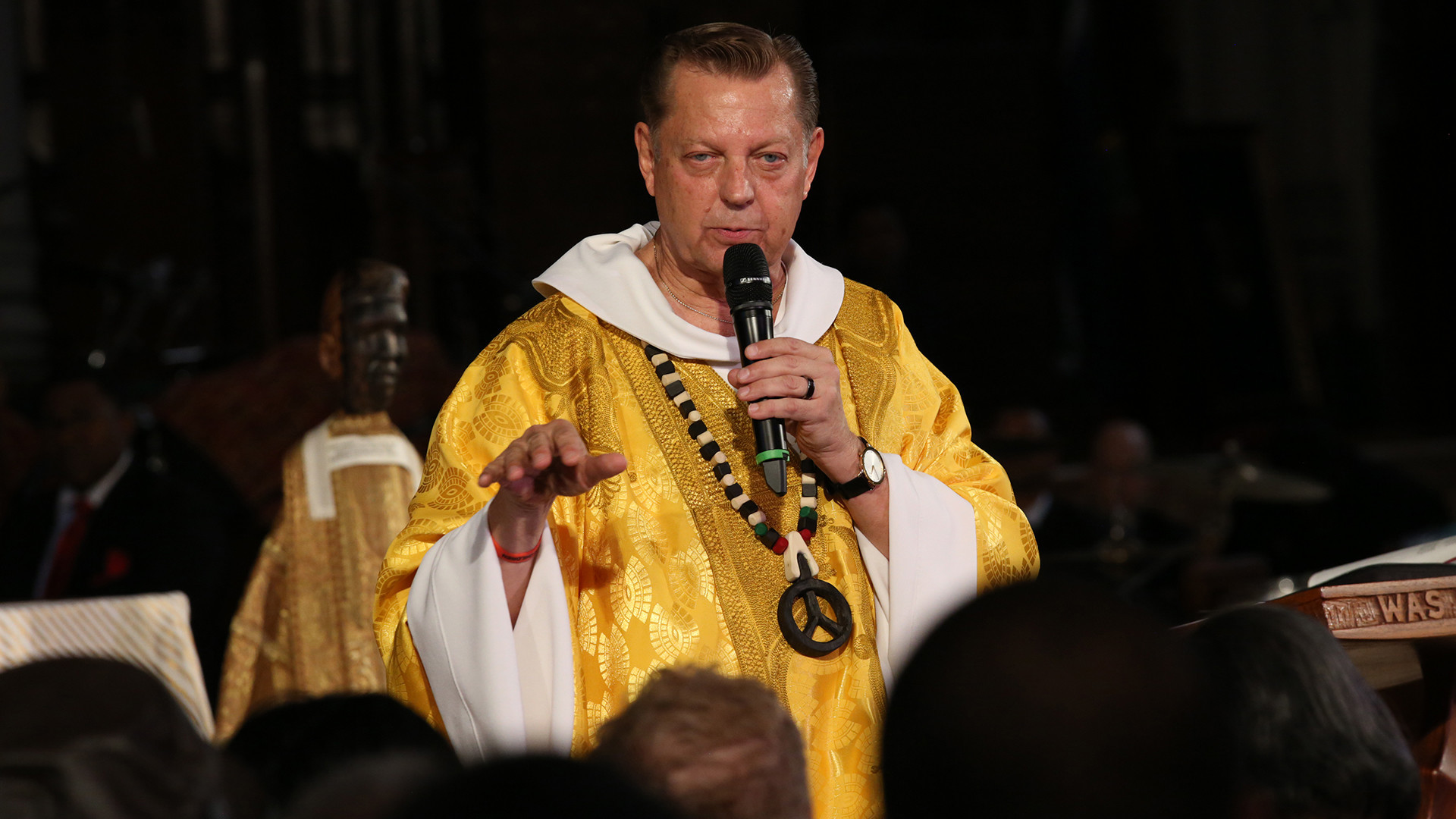 pfleger  mlk would have been concerned about trump