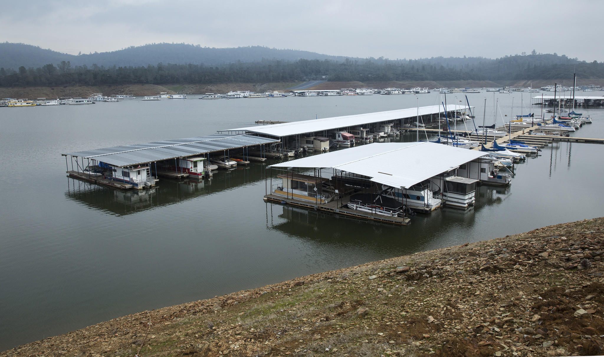 Then Now Lake Oroville One Year Later Los Angeles Times