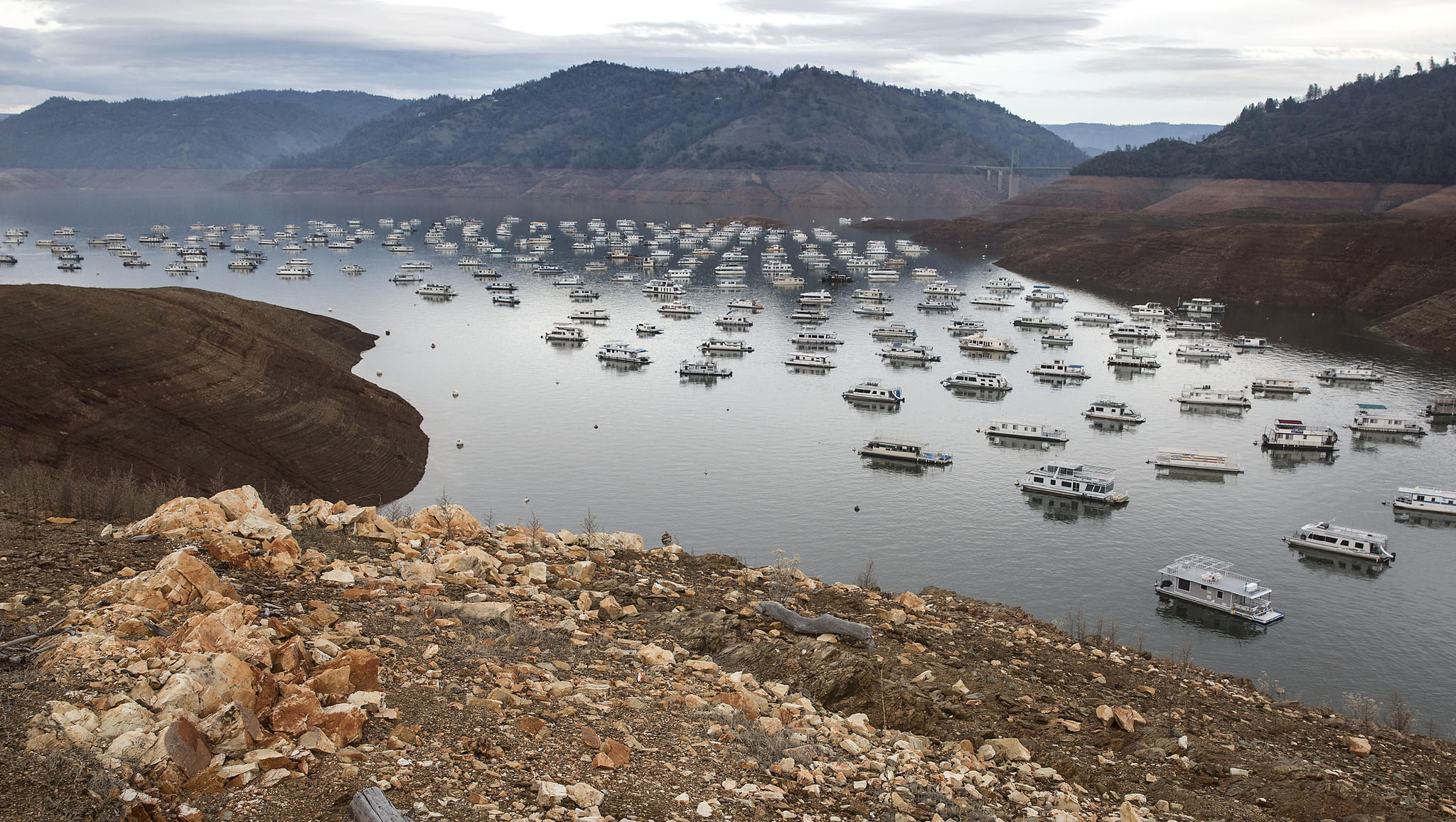 Then Now Lake Oroville One Year Later Hartford Courant