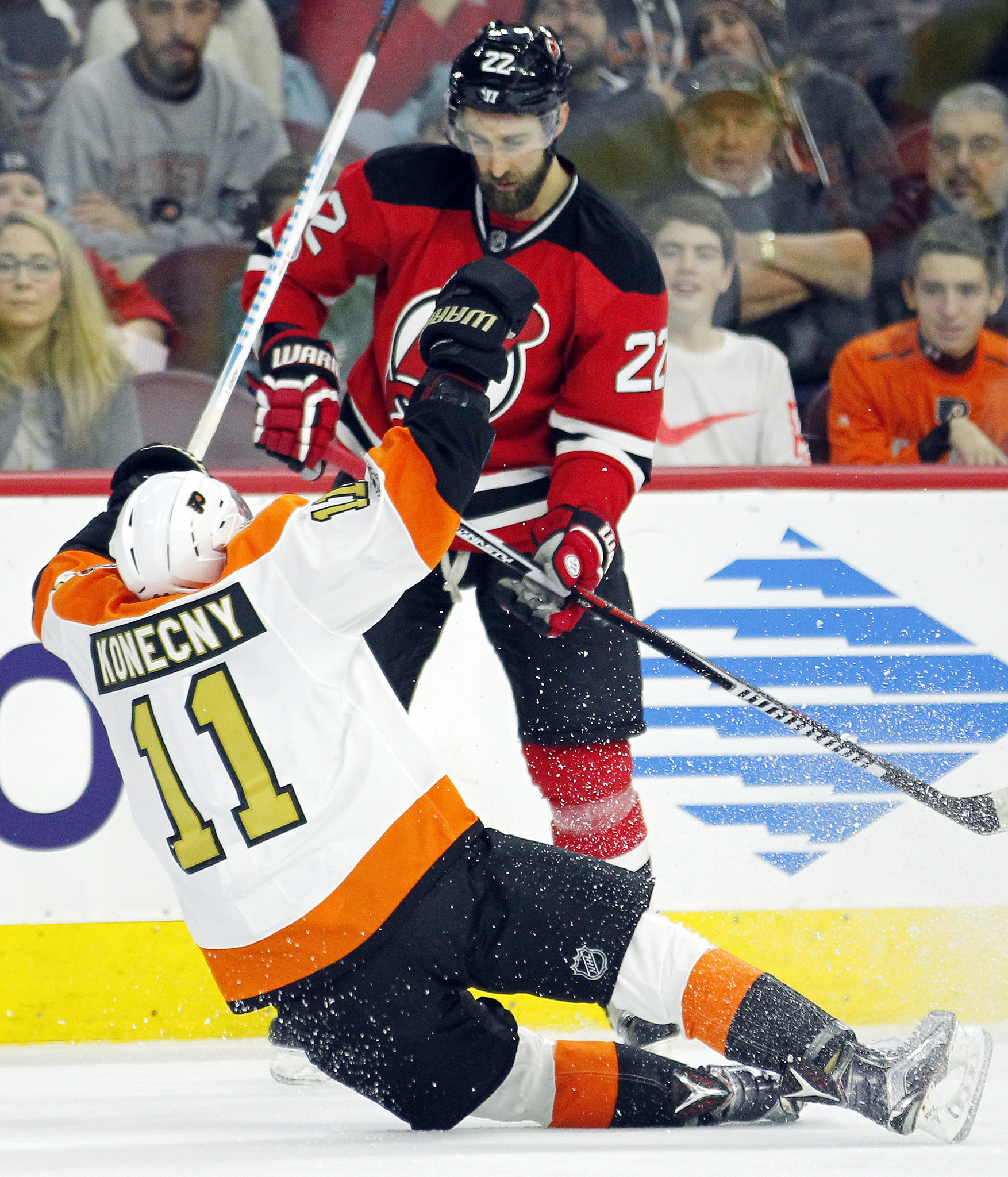 new product 8fc09 1ad0d Wood scores twice to help Devils beat struggling Flyers 4-1 ...