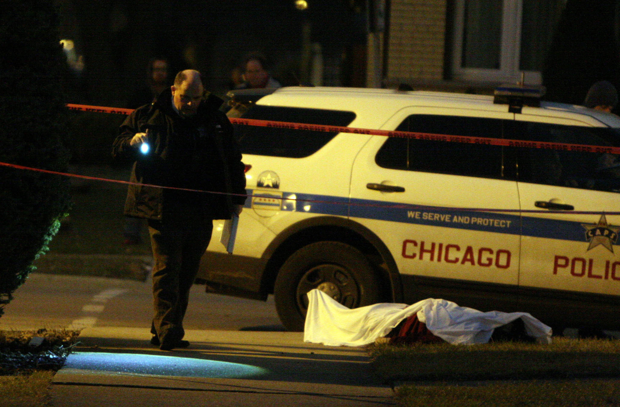 Avenue Near Me >> Violent Monday after violent weekend in Chicago: 'Help me, Jesus, they killed my son' - Chicago ...