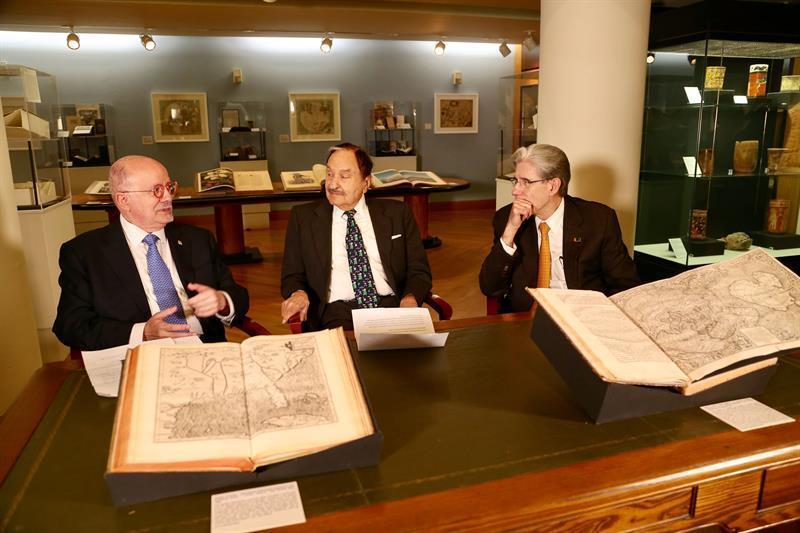Resultado de imagen para Miami albergará colección histórica que incluya cartas de Cristóbal Colón