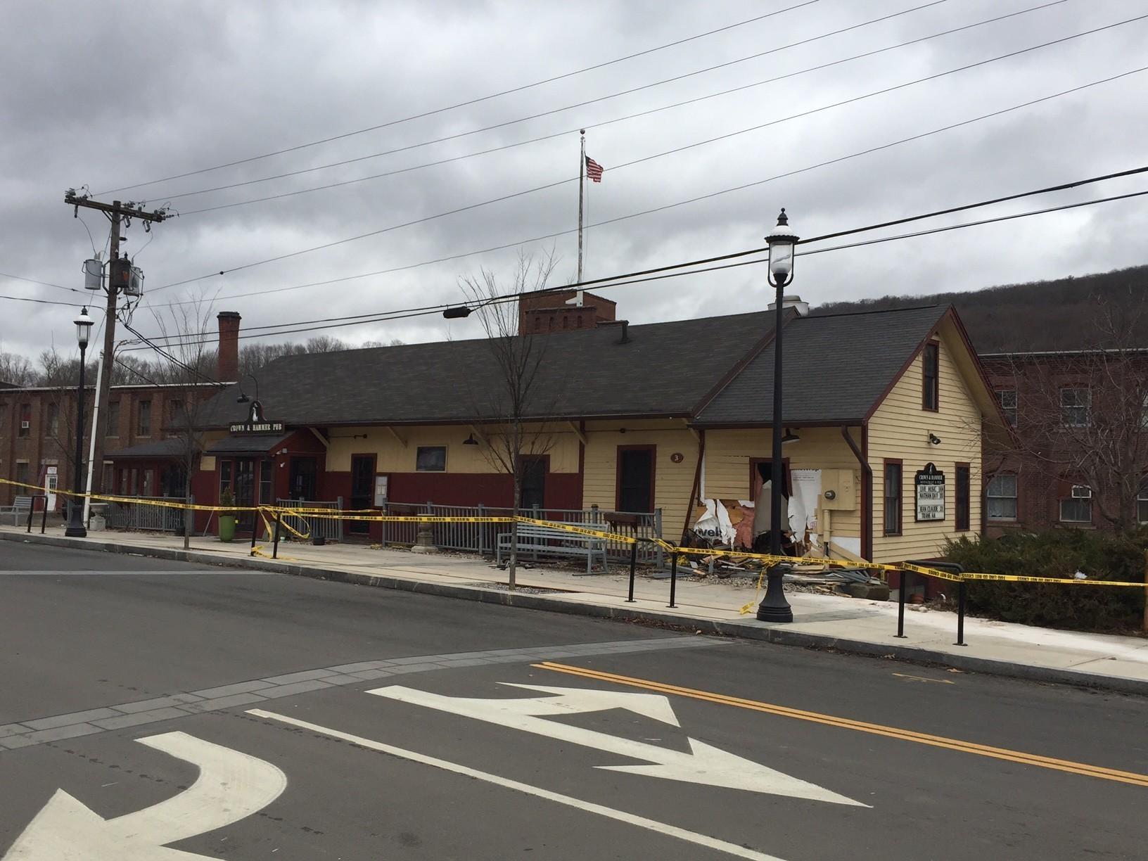 Canton Woman Dies Of Injuries From Monday Crash - Hartford