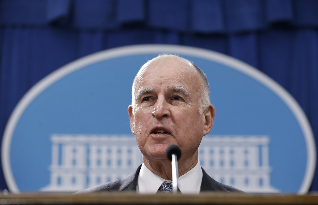 Calif., Gov. Jerry Brown delivers his annual State of the State address to a joint session of the California Legislature, Tuesday, Jan. 24, 2017, in Sacramento, Calif.