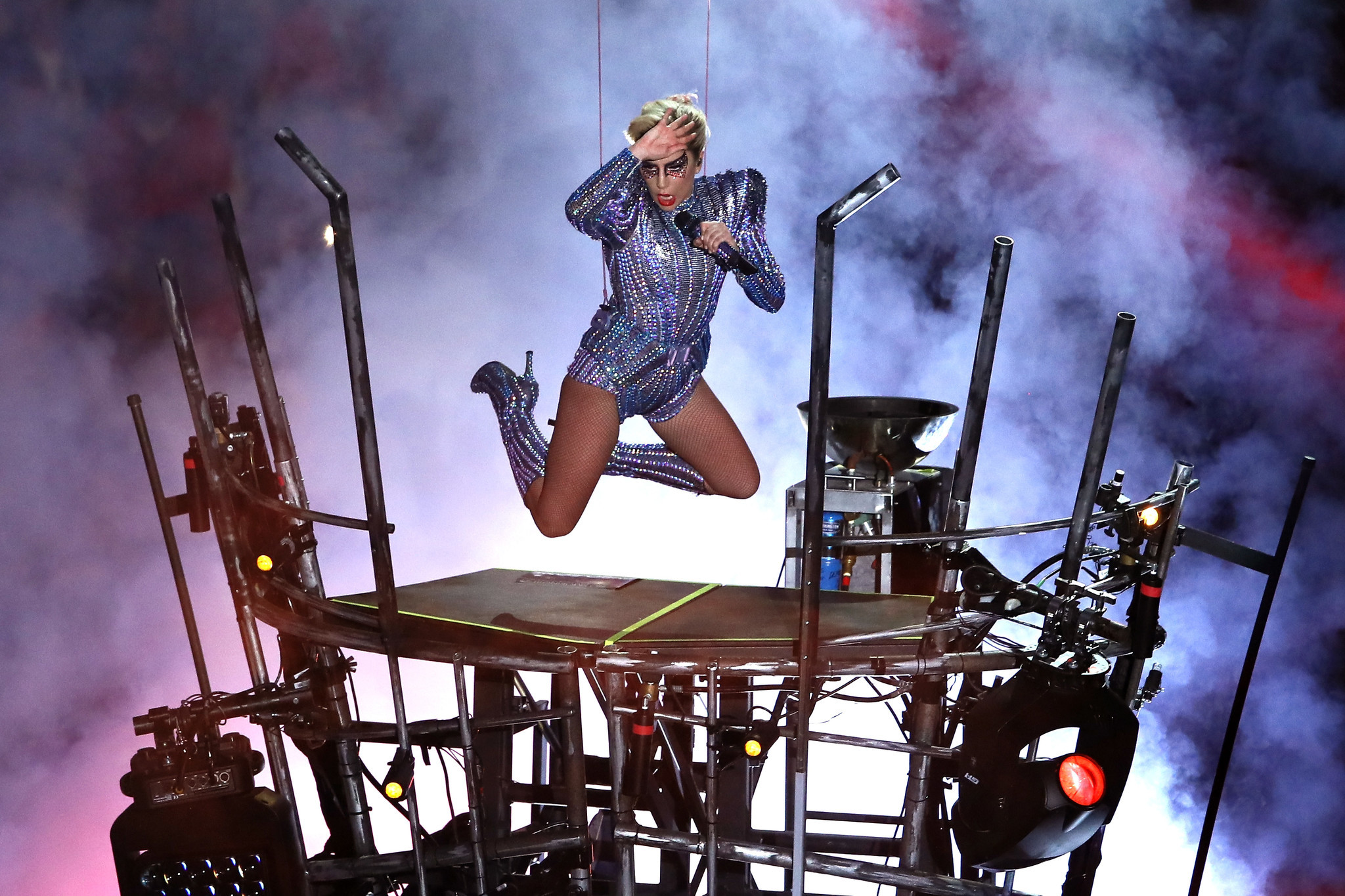 Lady Gaga elevates Super Bowl halftime show - Chicago Tribune