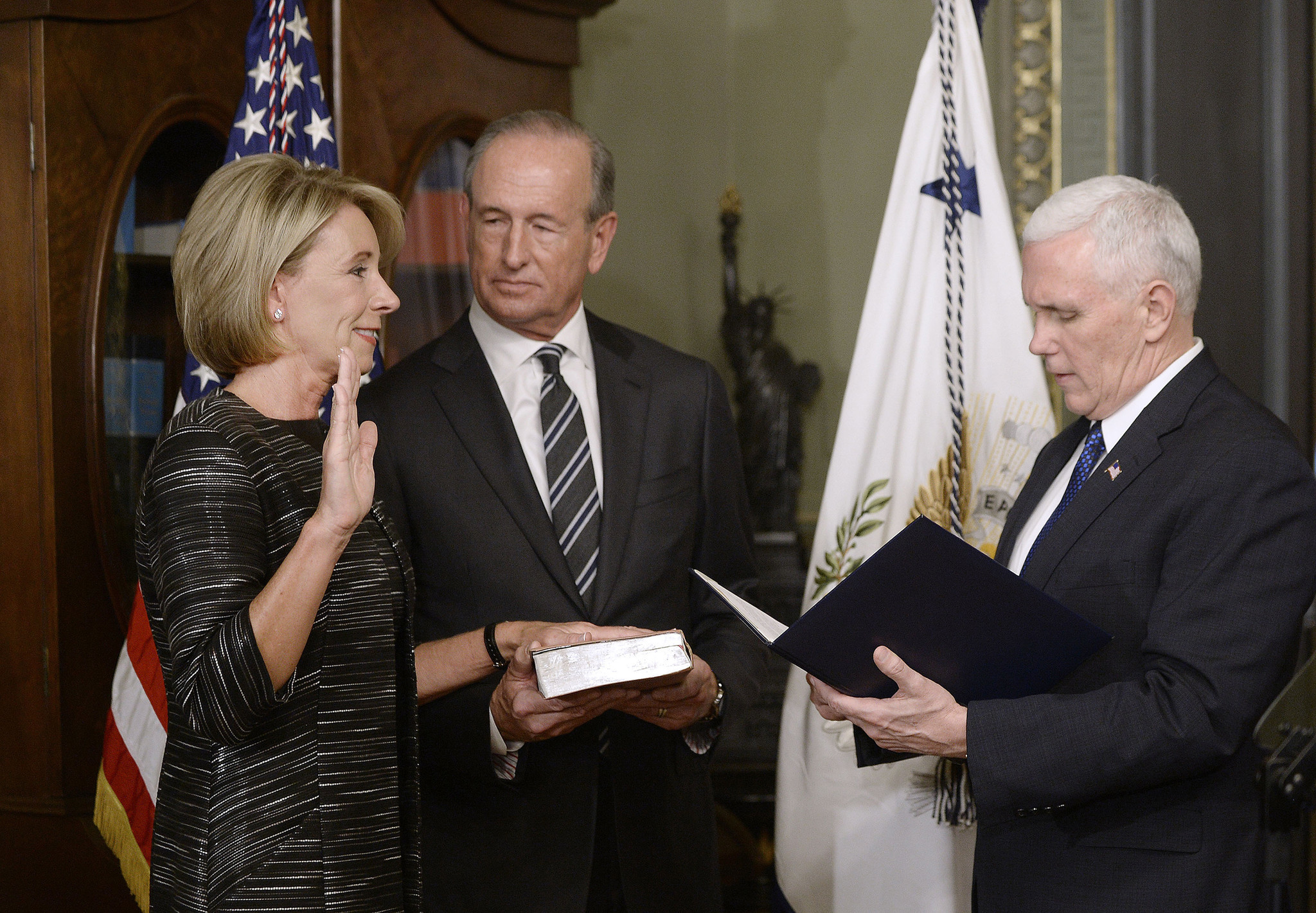 Parents, know this: Betsy DeVos won't keep teachers from ...