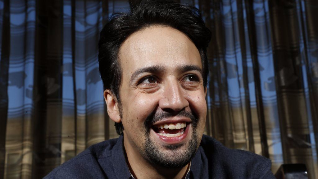 lin manuel miranda talks 39 mary poppins 39 bob dylan and a mother 39 s love la times. Black Bedroom Furniture Sets. Home Design Ideas