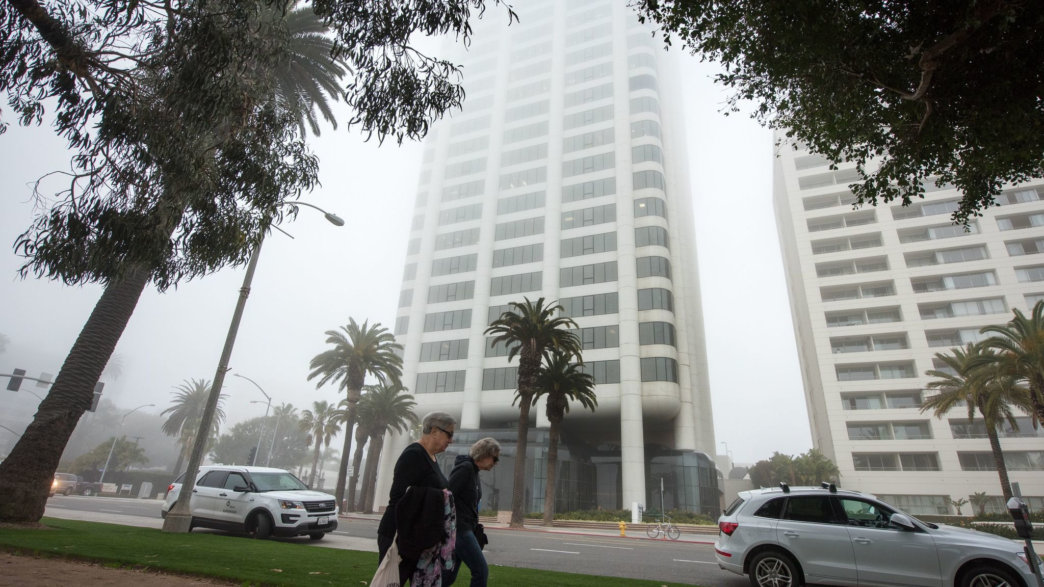 A 21-story building, listed by the city as concrete, could be required to undergo a seismic evaluation if the City Council passes a new law. There are 64 suspected brittle concrete buildings in Santa Monica, according to the city.