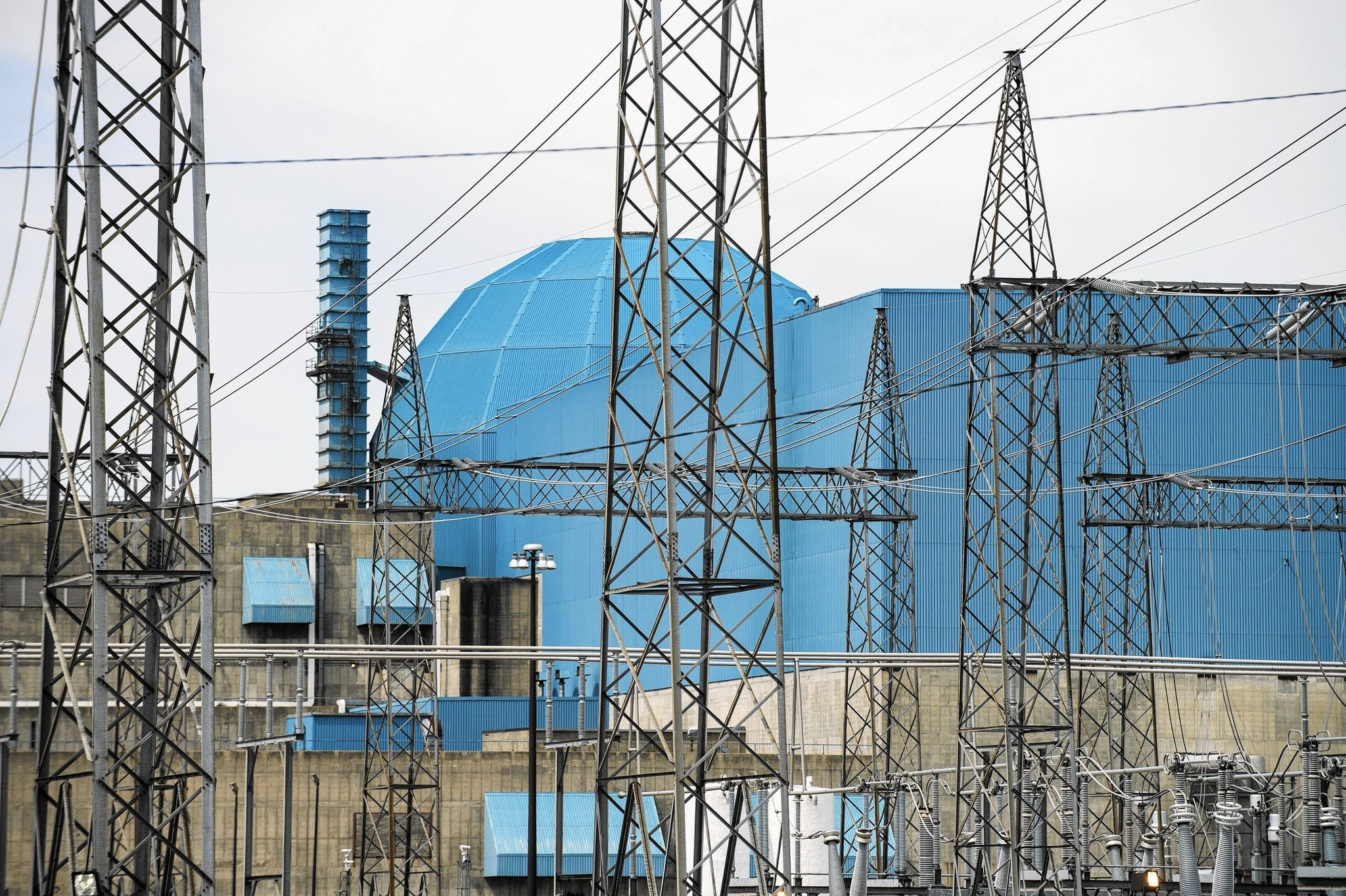 Exelon Competitors File Lawsuit To Stop Nuclear Subsidies Chicago What Is A Electrical Plant Tribune