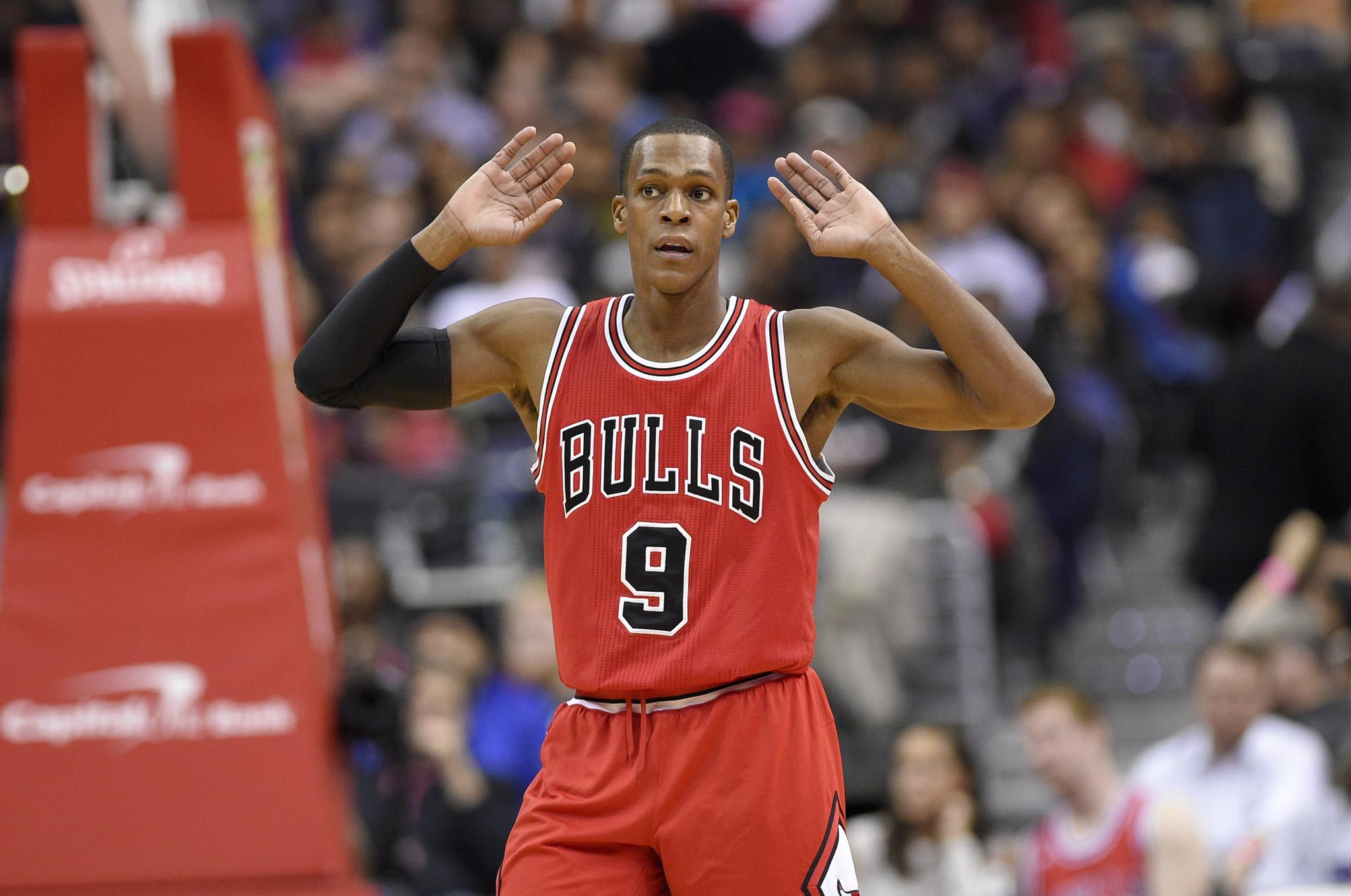 Rajon Rondo embraces role of mentor while leading Bulls ...  Rajon Rondo emb...