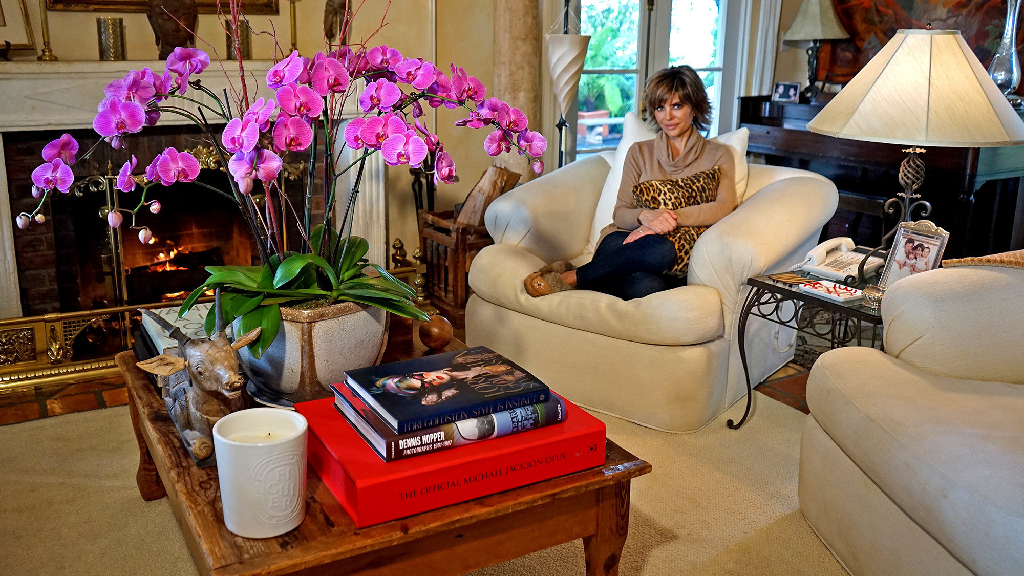 My Favorite Room Lisa Rinna S Living Room Invites You To