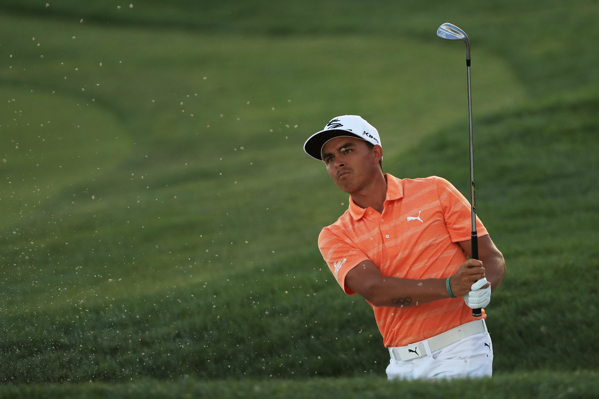 rickie fowler finally makes it easy in honda classic