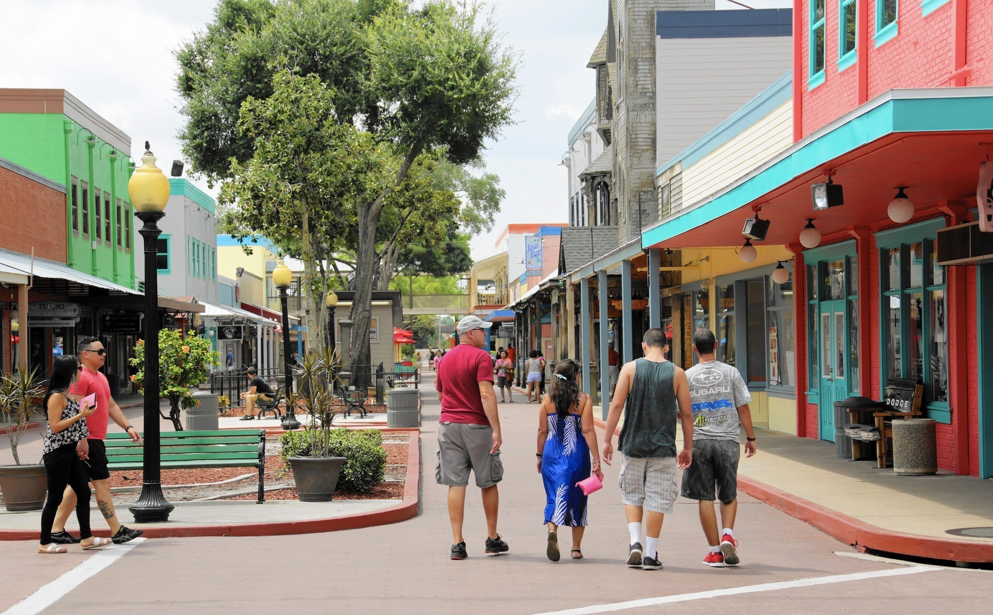 Froggers Adding Fifth Restaurant At Old Town Orlando Sentinel