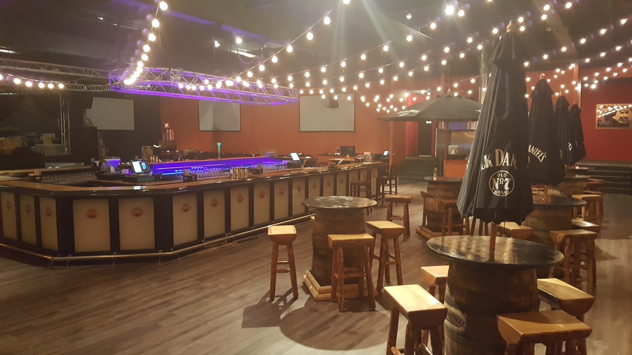 Allentown S Pig Pen Fun Bar Opening This Weekend The