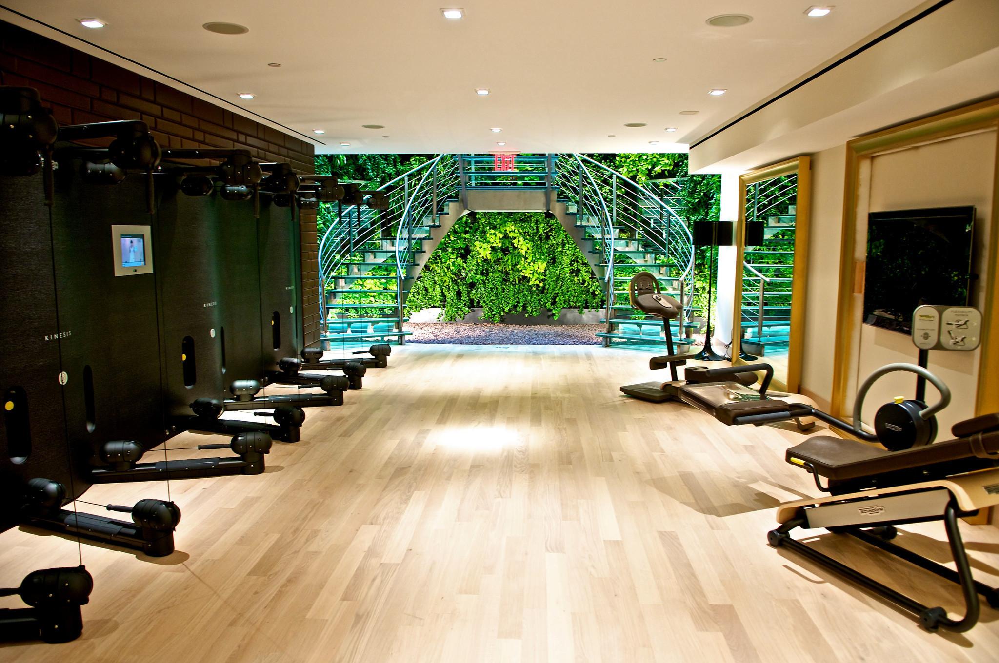 fitness for dumbbells home gyms make exercising a no brainer sun sentinel. Black Bedroom Furniture Sets. Home Design Ideas