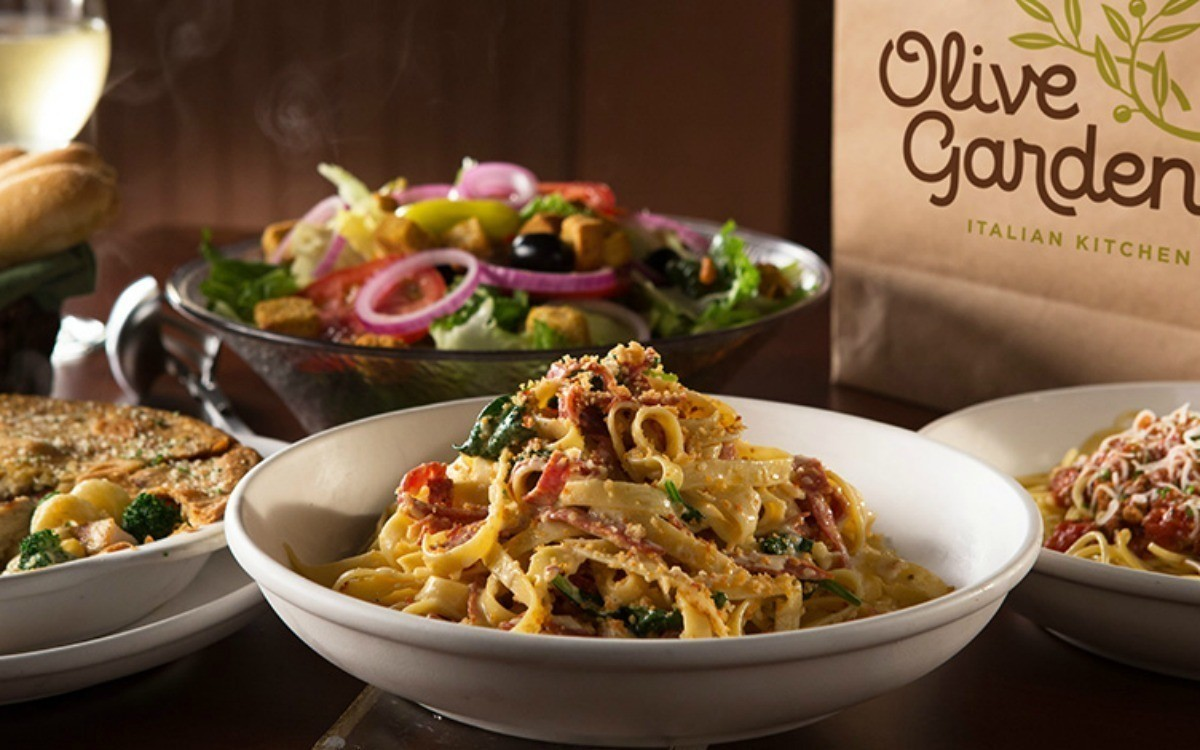Olive Garden To Go Lifts Darden Profits: Free Entree At Olive Garden With Purchase