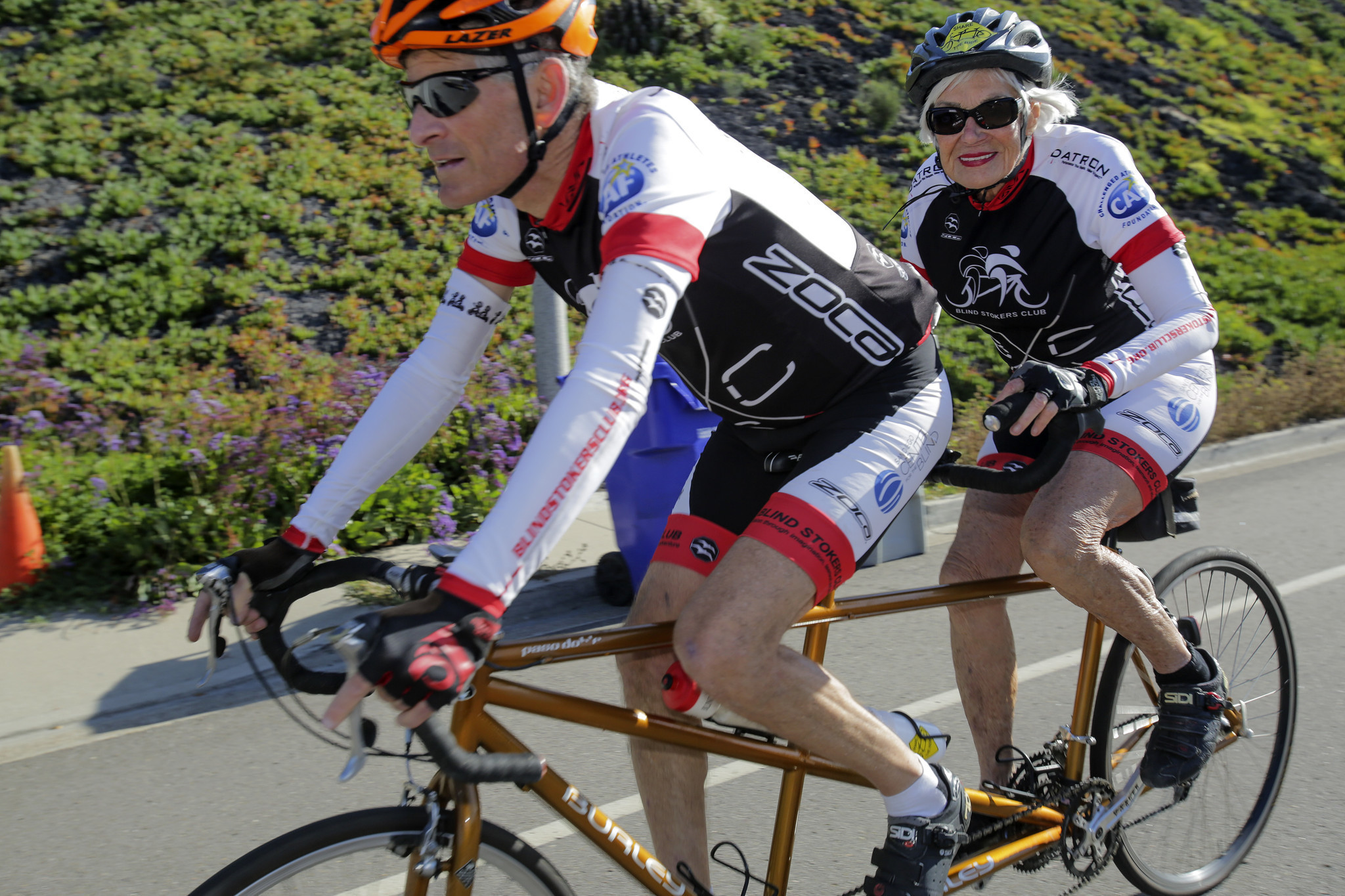 Blindness Can T Slow 83 Year Old Cyclist The San Diego
