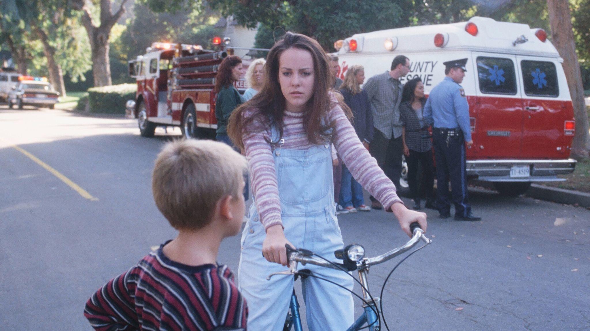 "Jena Malone as Gretchen Ross in ""Donnie Darko."""