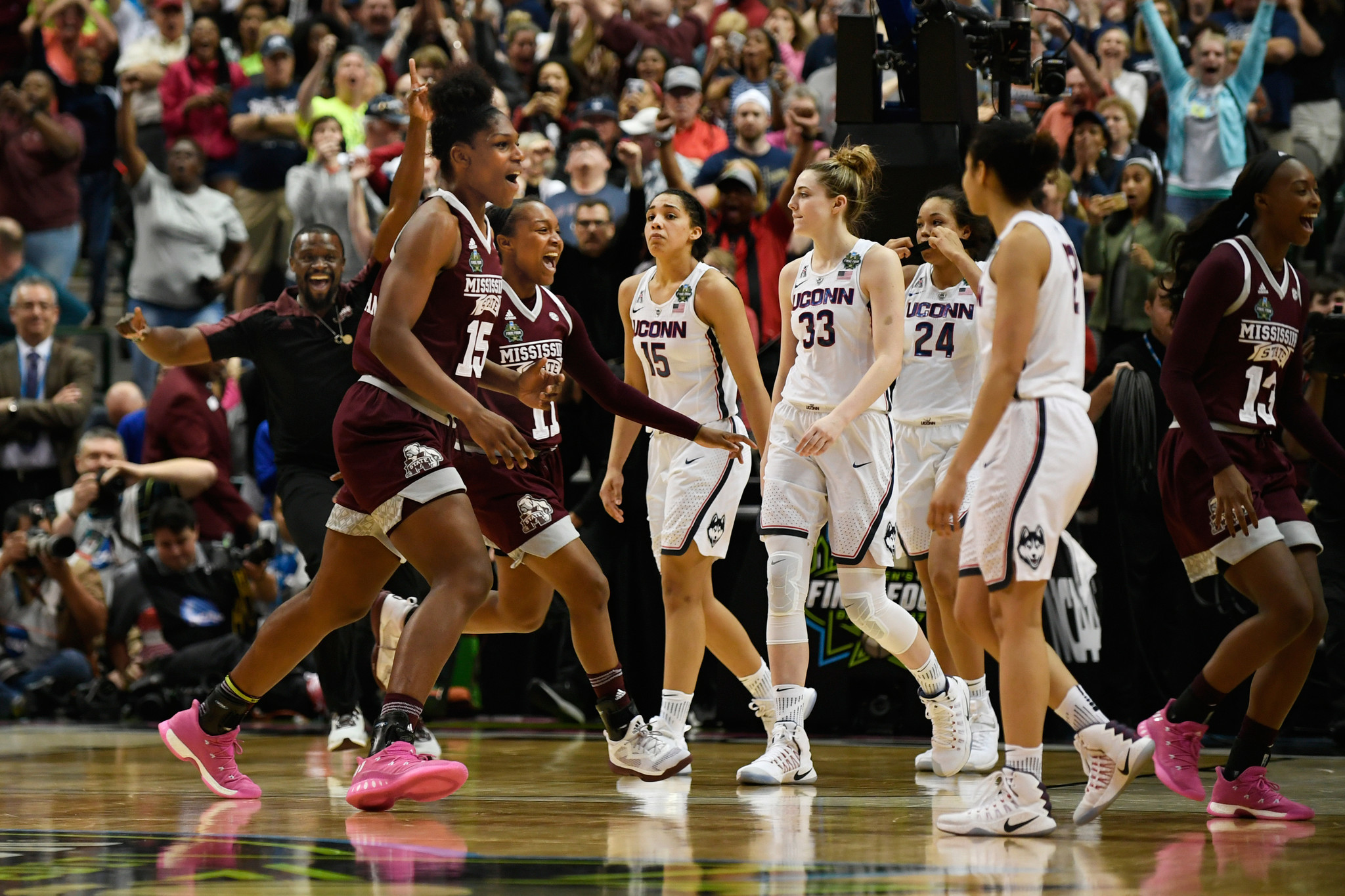 uconn basketball mississippi state womens streaking sports courant